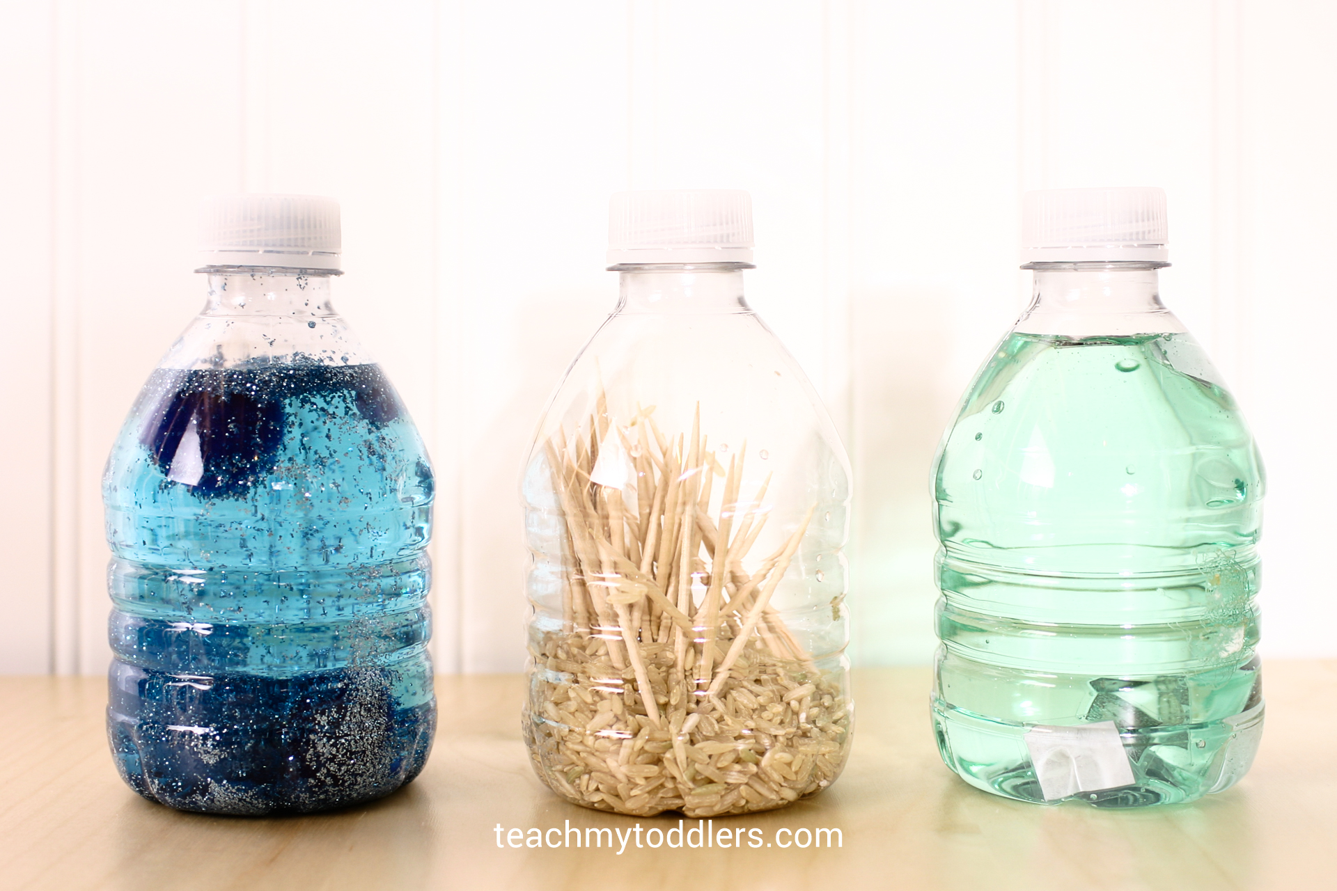 You can make so many different types of sensory water bottles for General Conference for your toddler