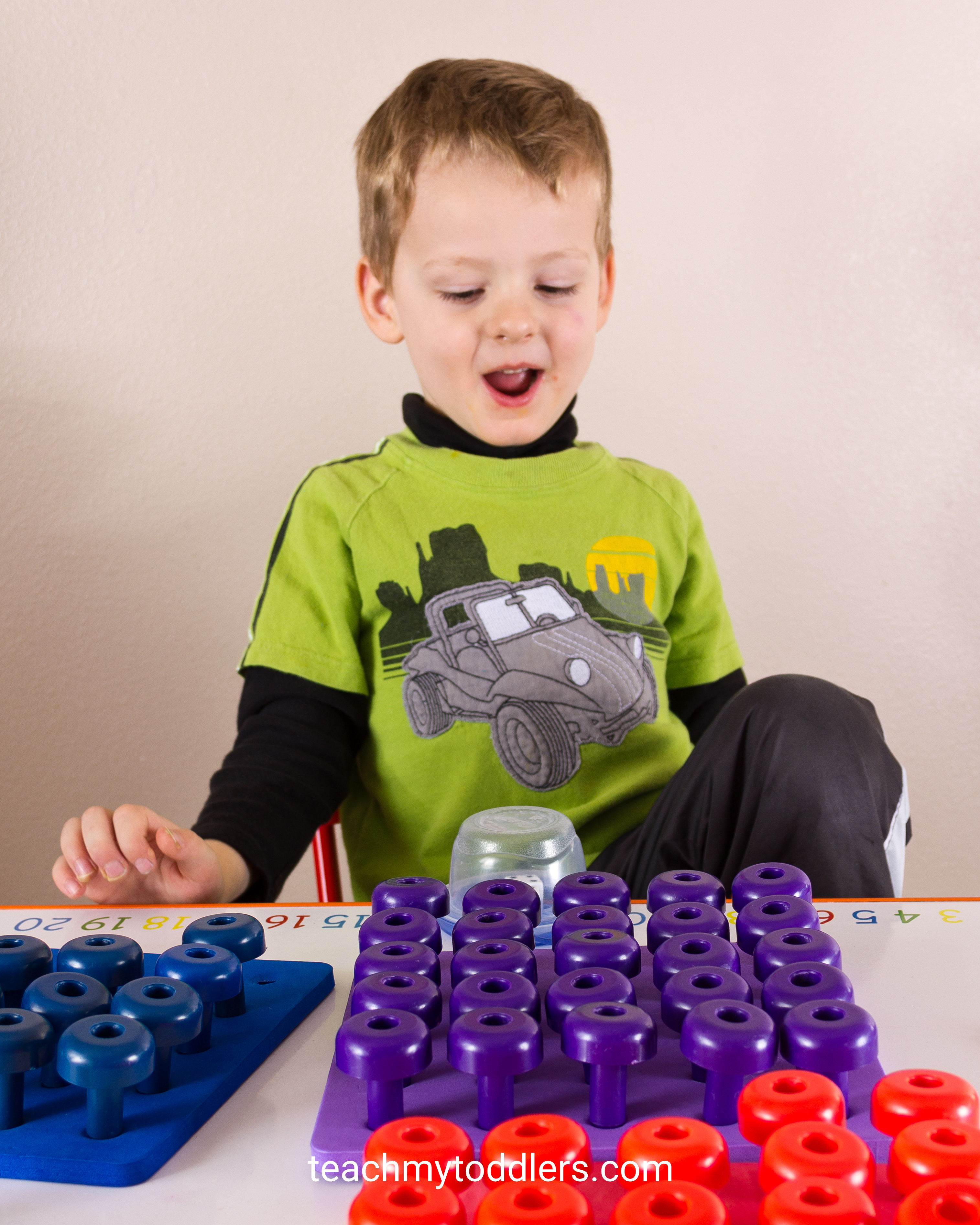 Preschool ages can learn colors too with these pegs and peg boards