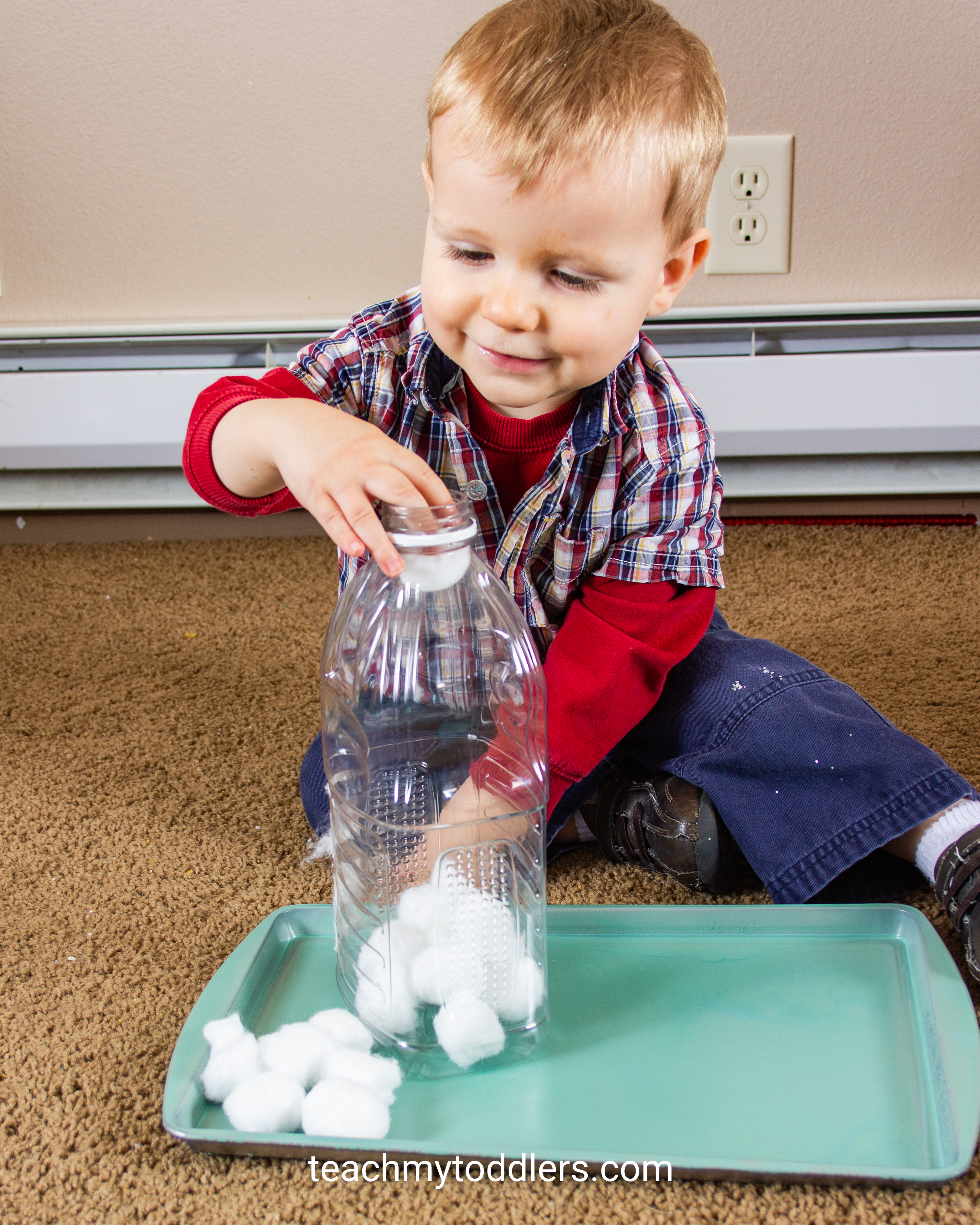 Teach toddlers about winter using these fun winter activities