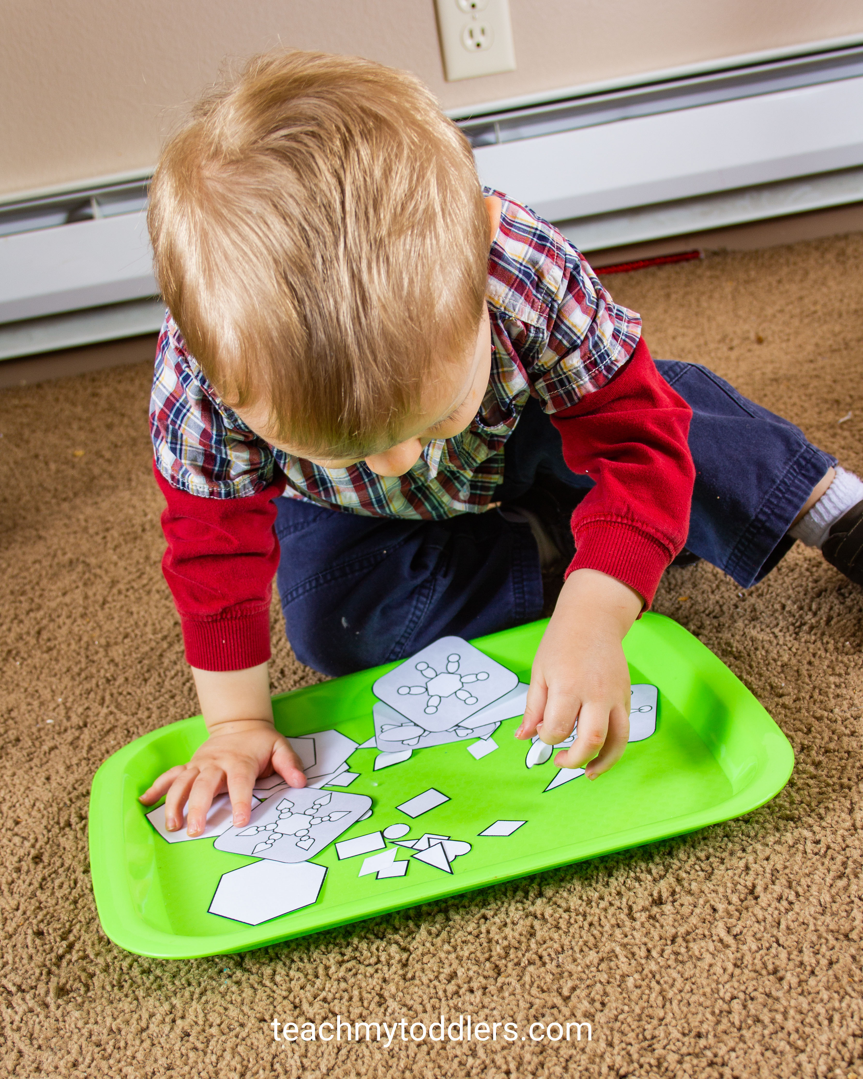 Teach your toddlers about winter using these great winter activities