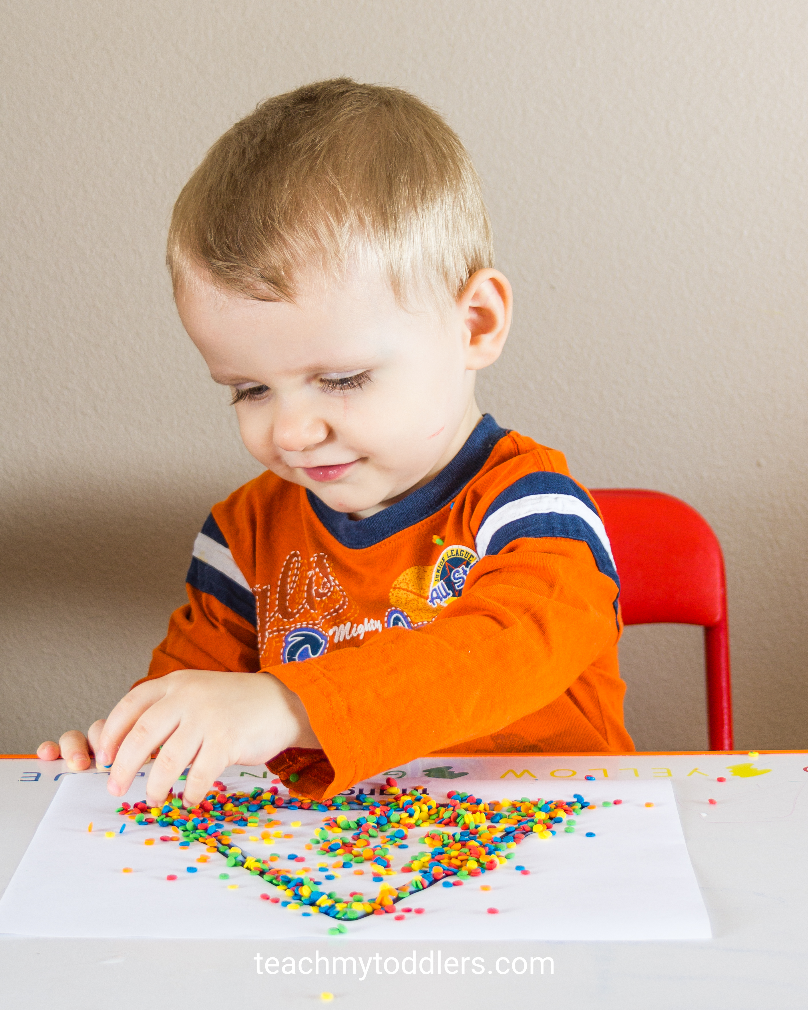 Discover how to use this decorating shapes activity to teach your toddlers shapes