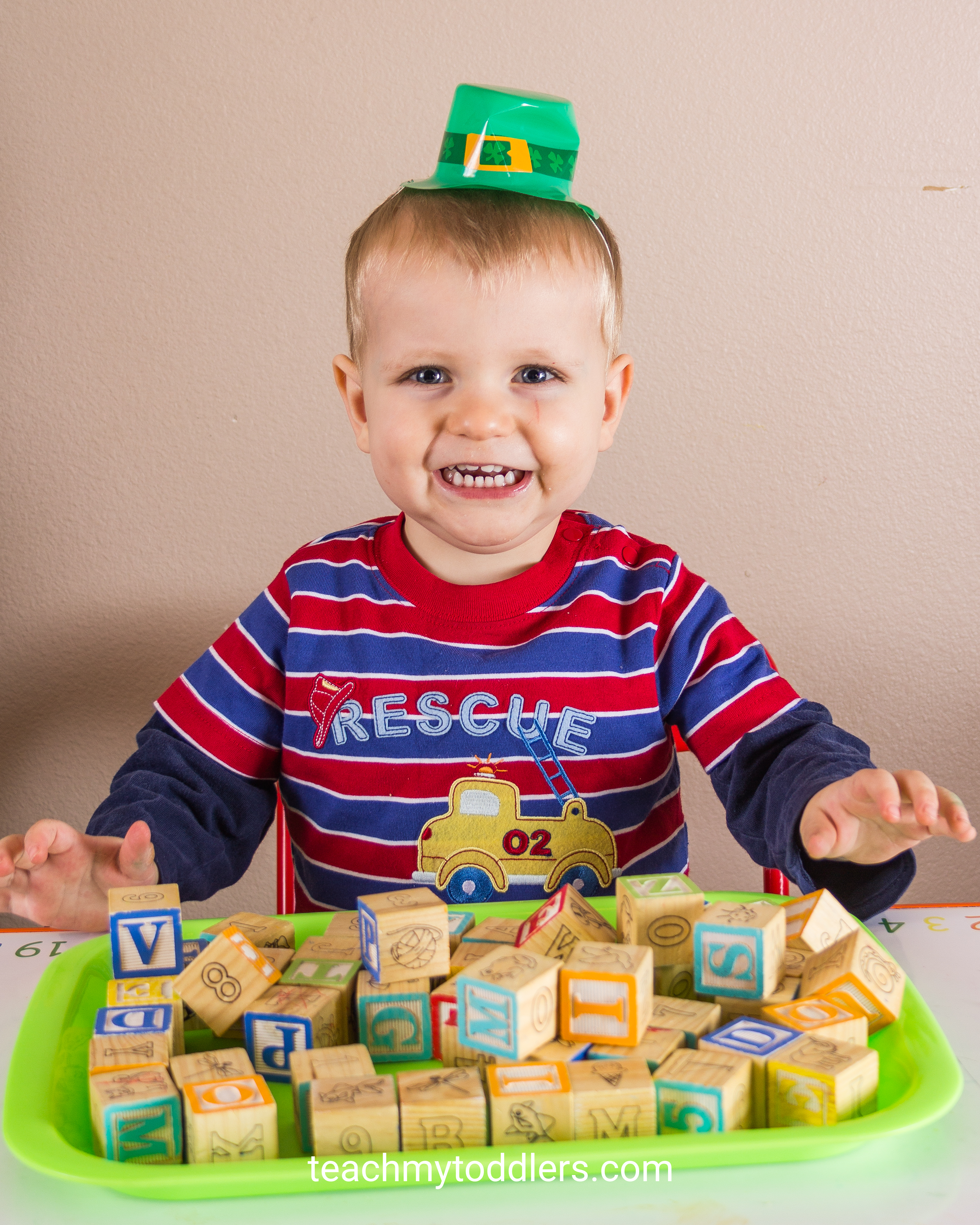 Use these awesome St. Patrick's Day activities to teach your toddlers about st. patrick's day