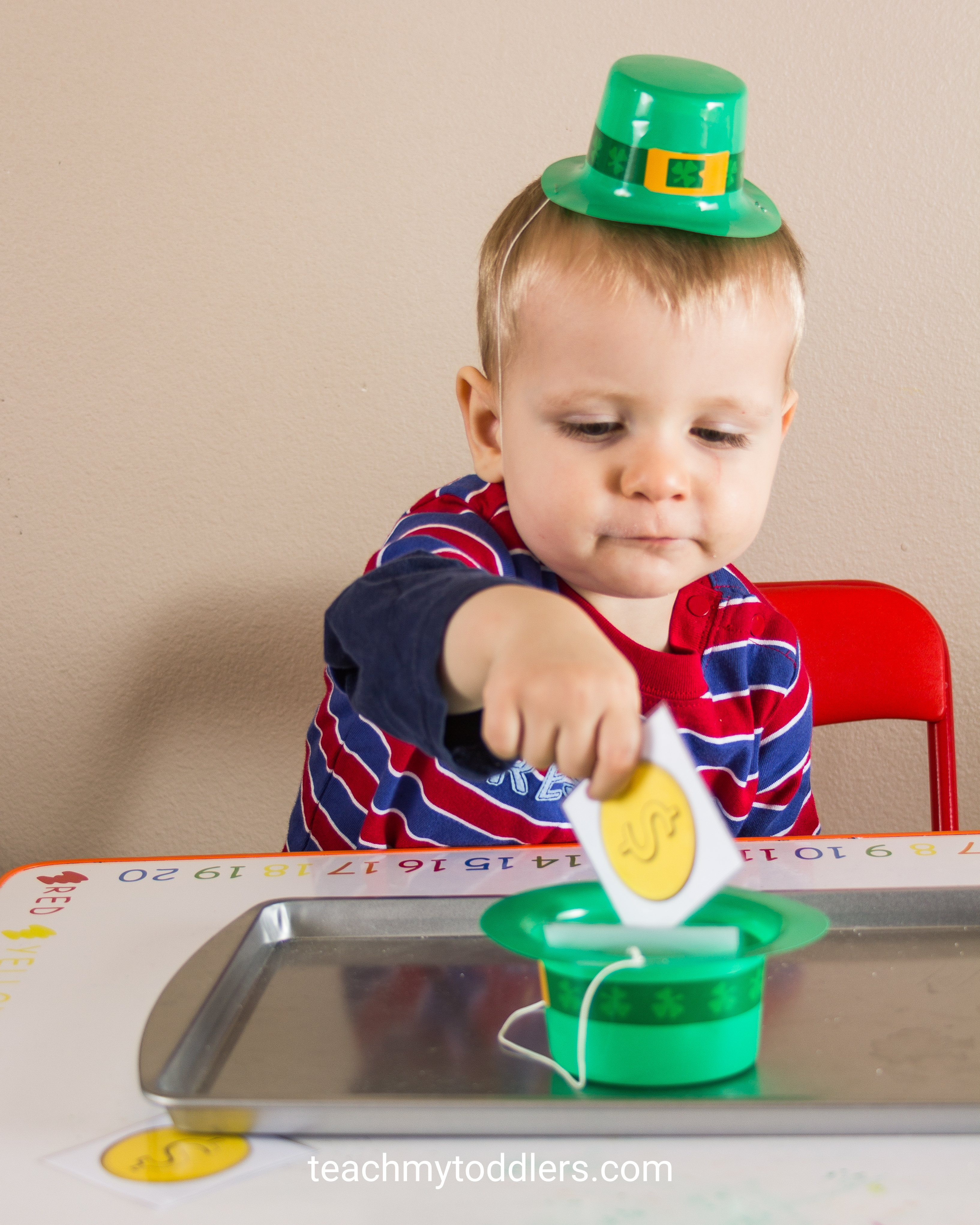 Use these great St. Patrick's Day activities to teach toddlers about st. patrick's day