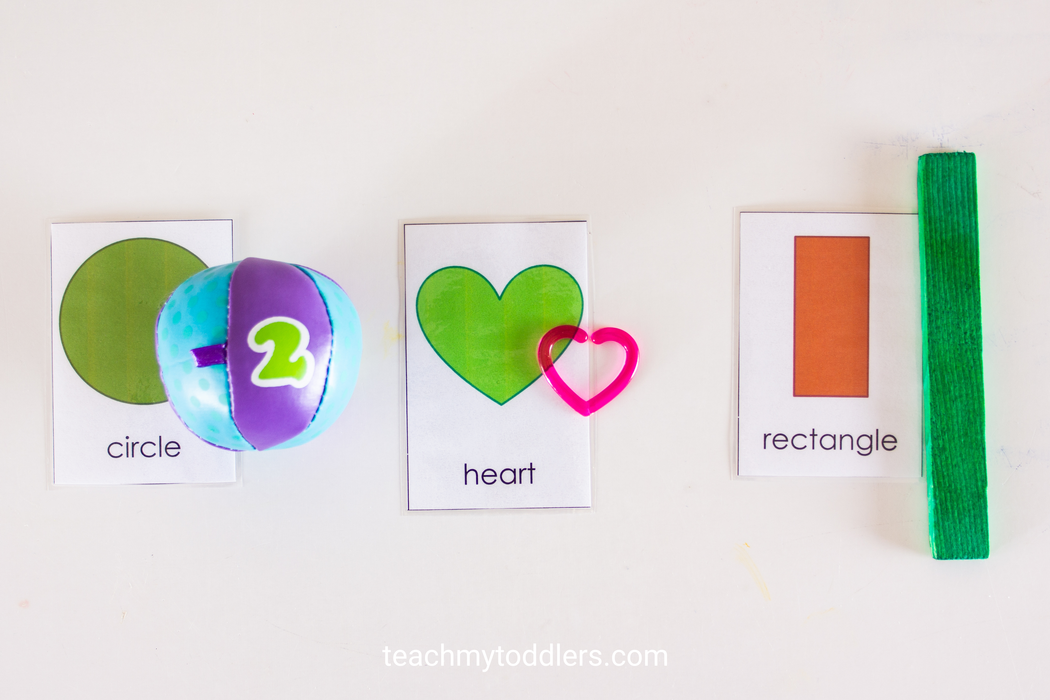 Find out how to use this shape cards activity to teach preschoolers shapes