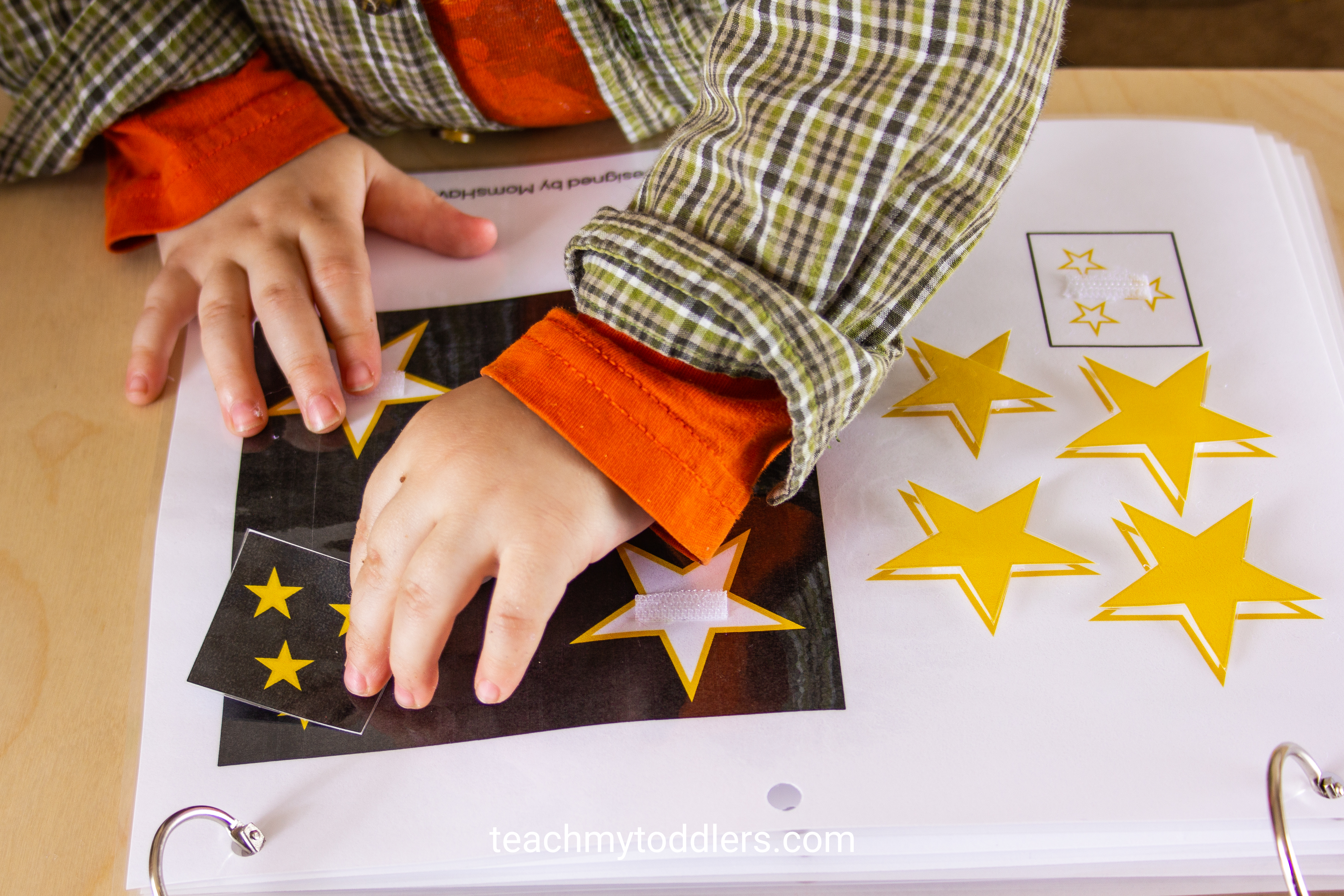 Learn how to use this shapes quiet book to teach your toddlers shapes