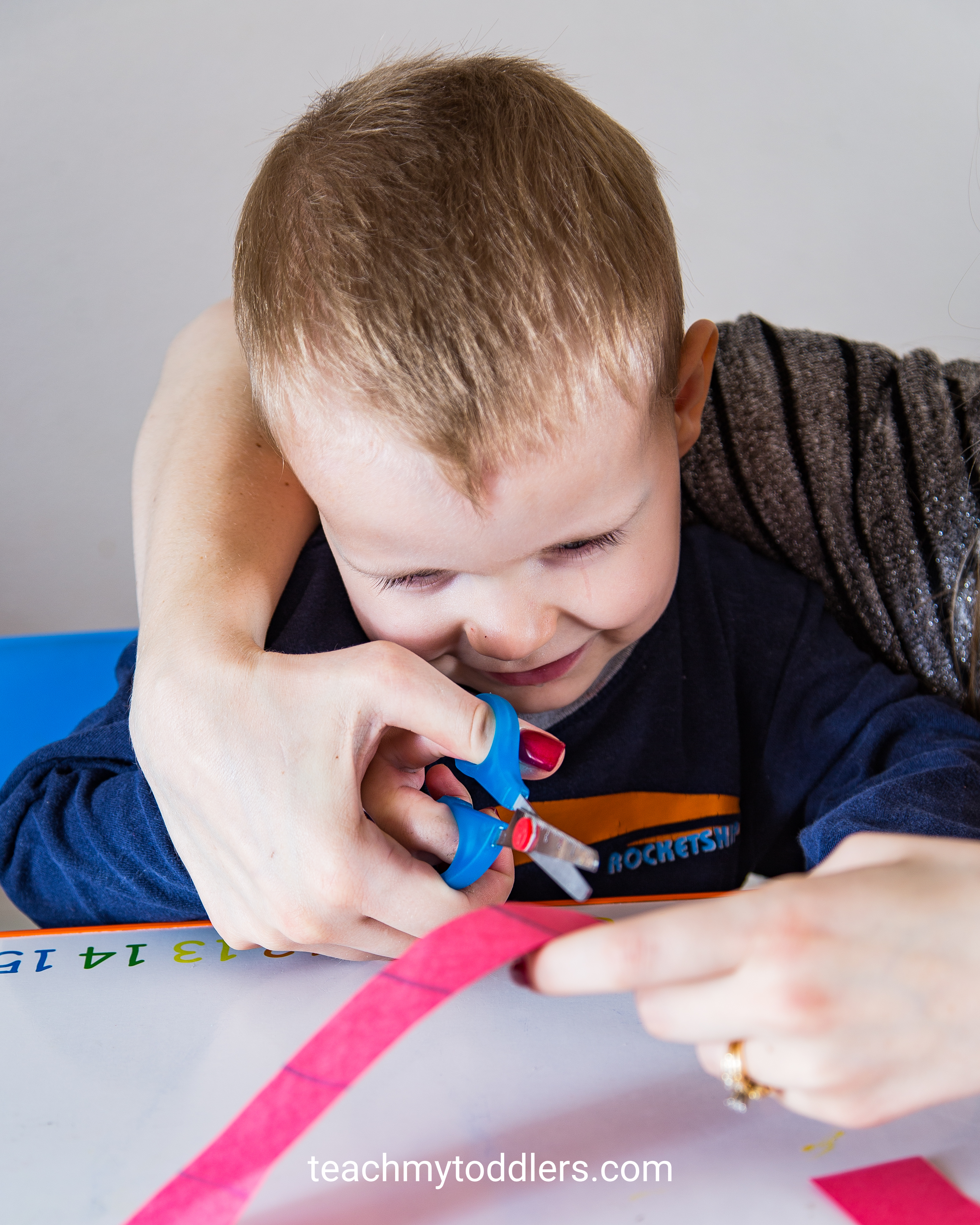 Discover how to use this cutting practice to teach your toddlers shapes