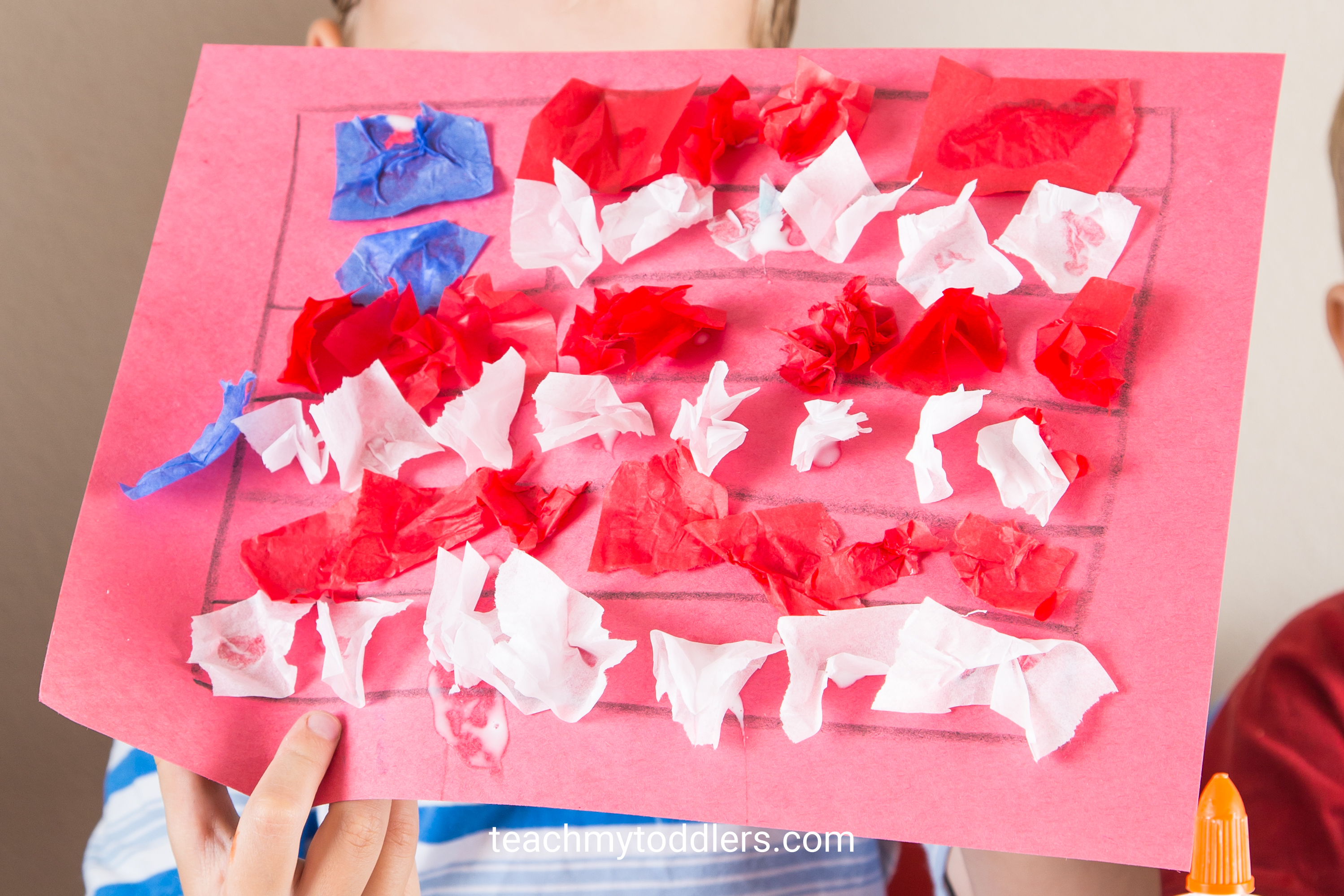 Find out how to use these red, white and blue crafts to teach your toddlers about 4th of july