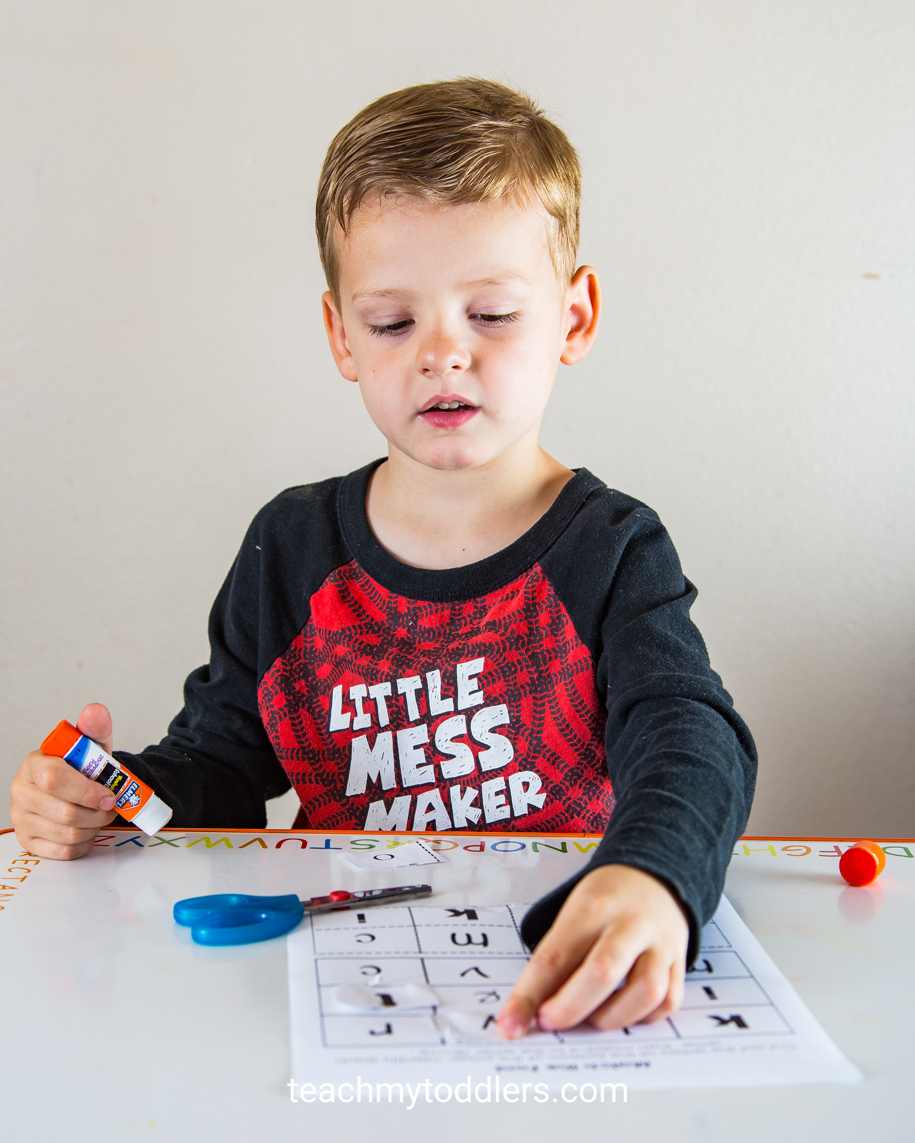 Learn how to use this match the font worksheet to teach your toddlers letters