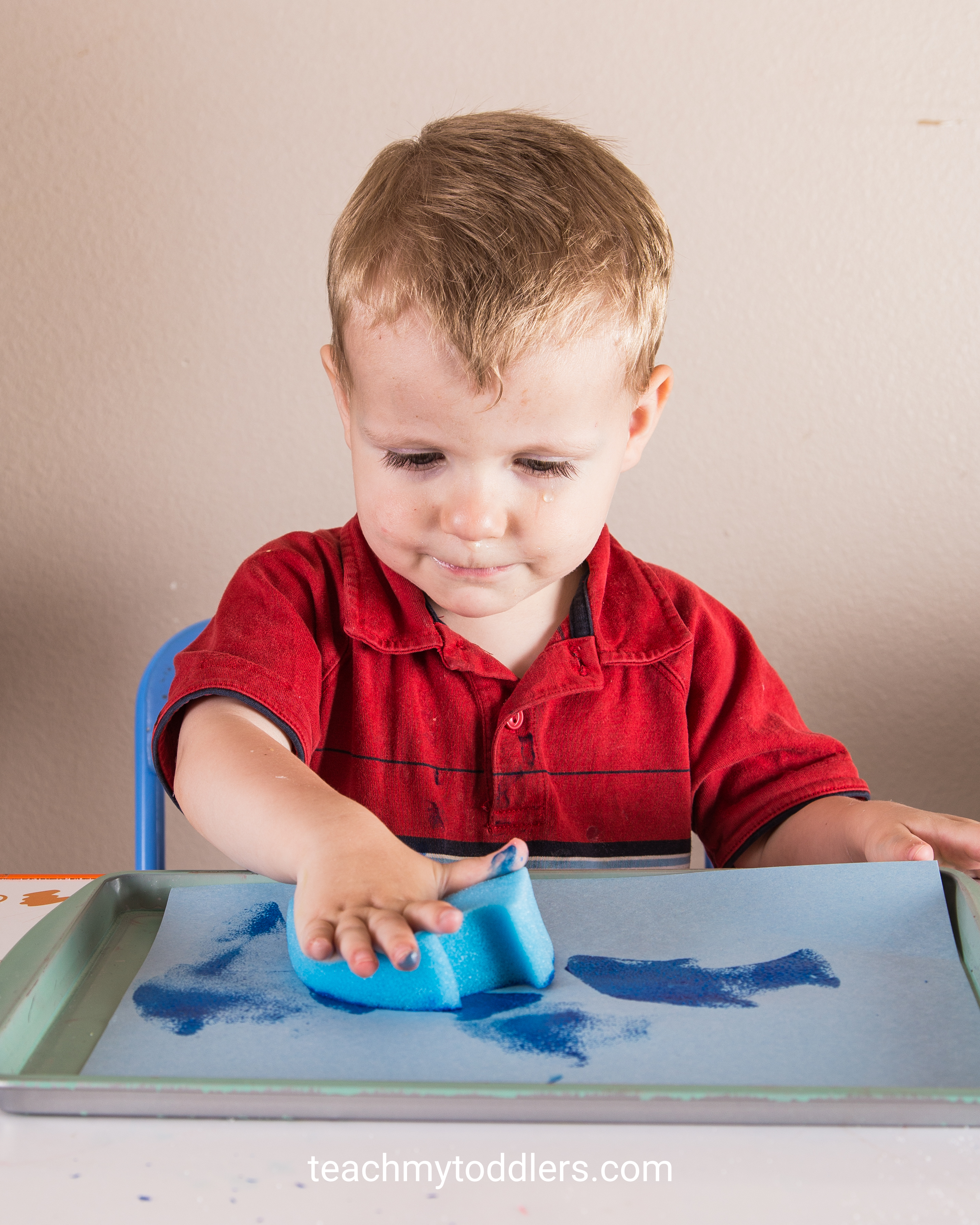 Teach toddlers about the beach using these fun beach activities