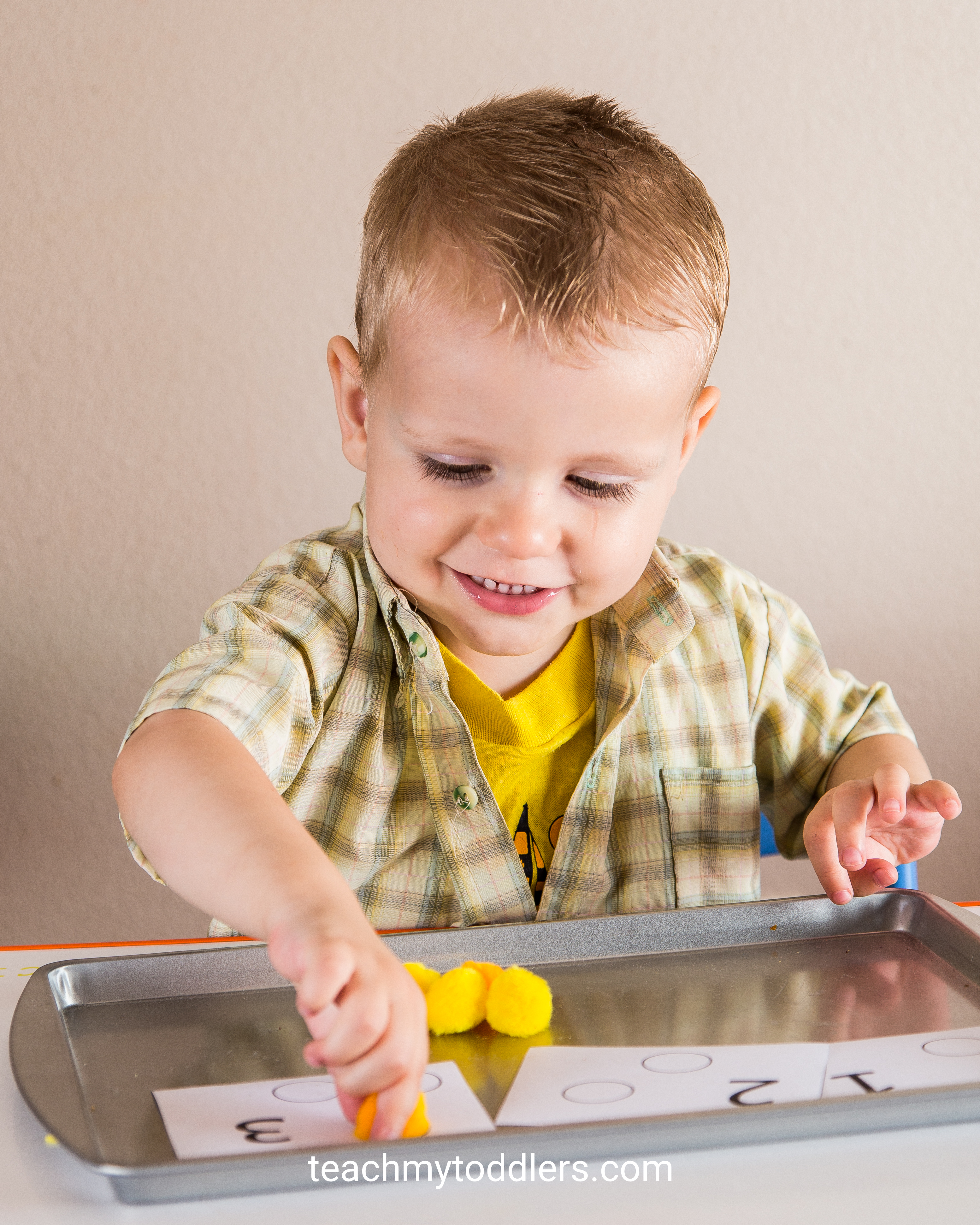 Find out how to teach toddlers the color yellow with these tot tray activities