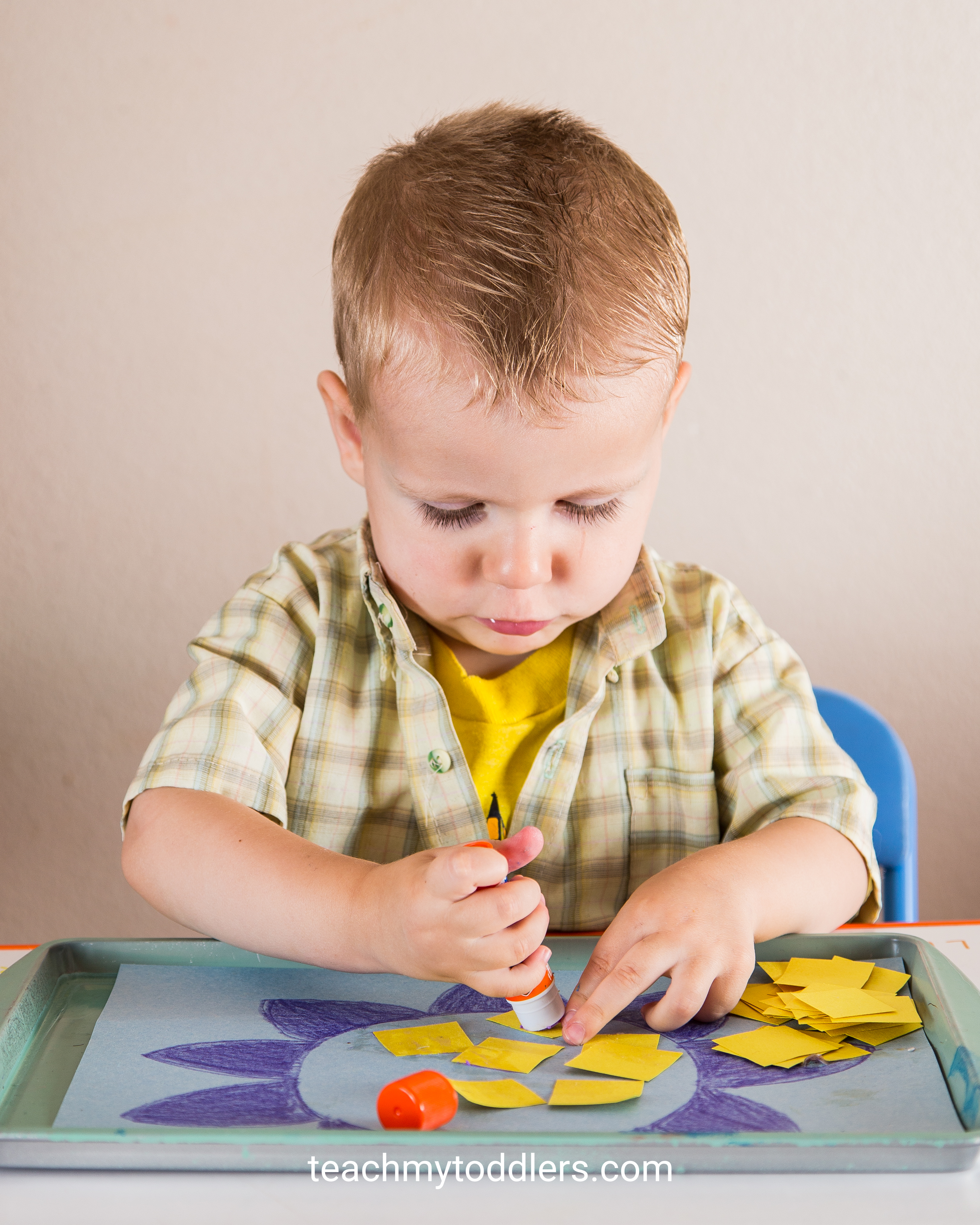 Find out how to teach your toddlers the color yellow with these tot tray activities