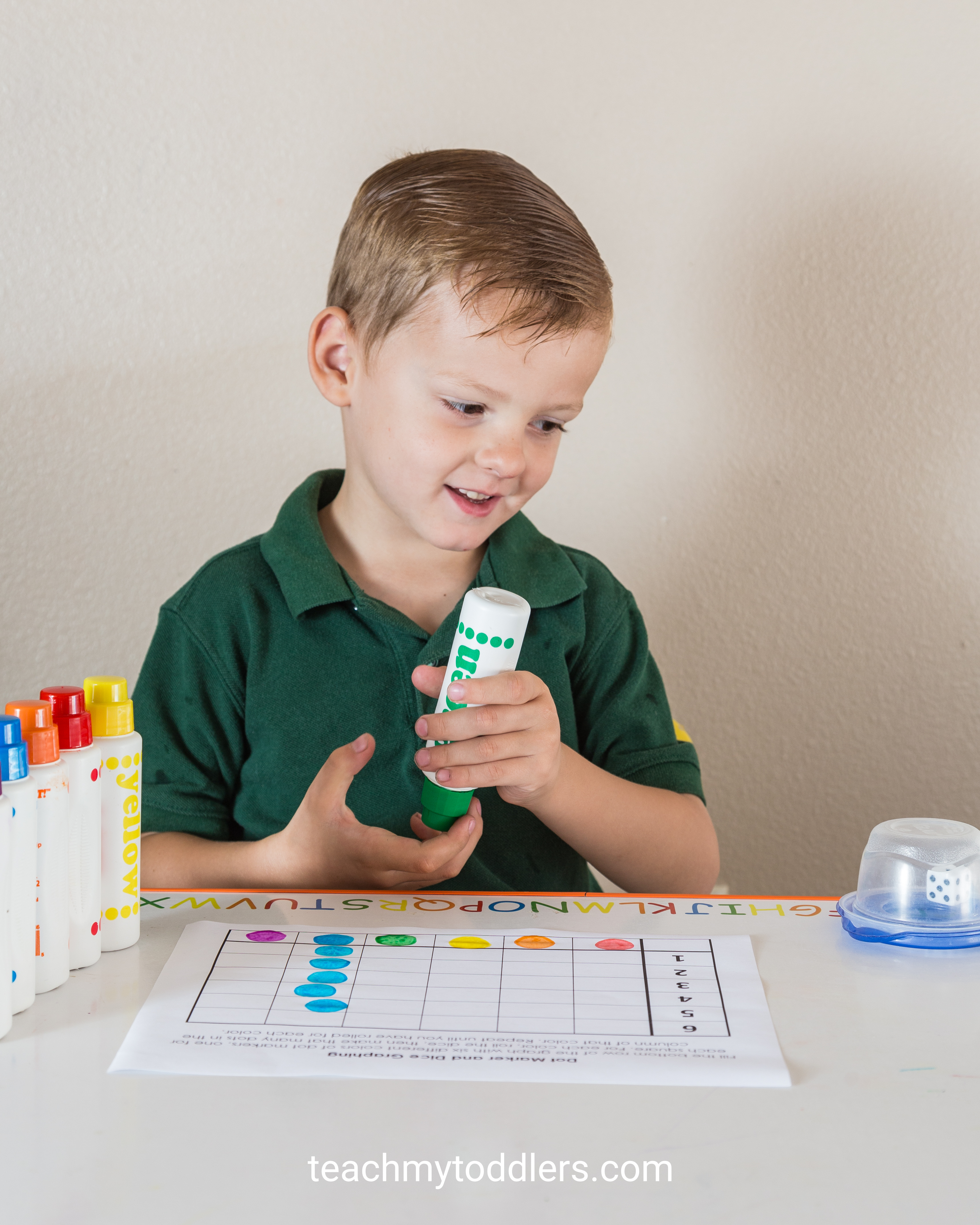 Find out how to use this dot marker dice graph activity to teach your toddlers numbers