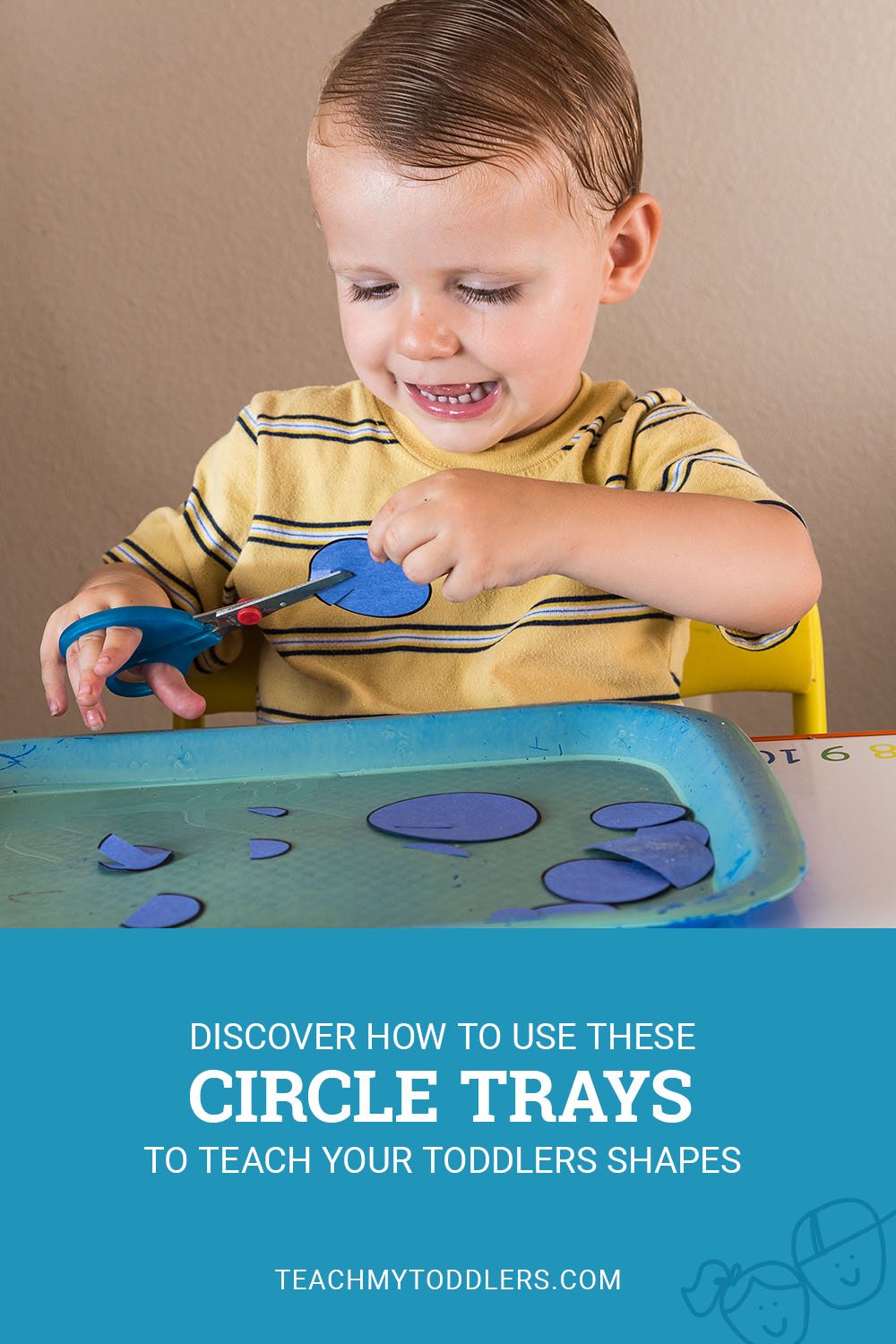 Discover how to use these circle trays to teach toddlers shapes