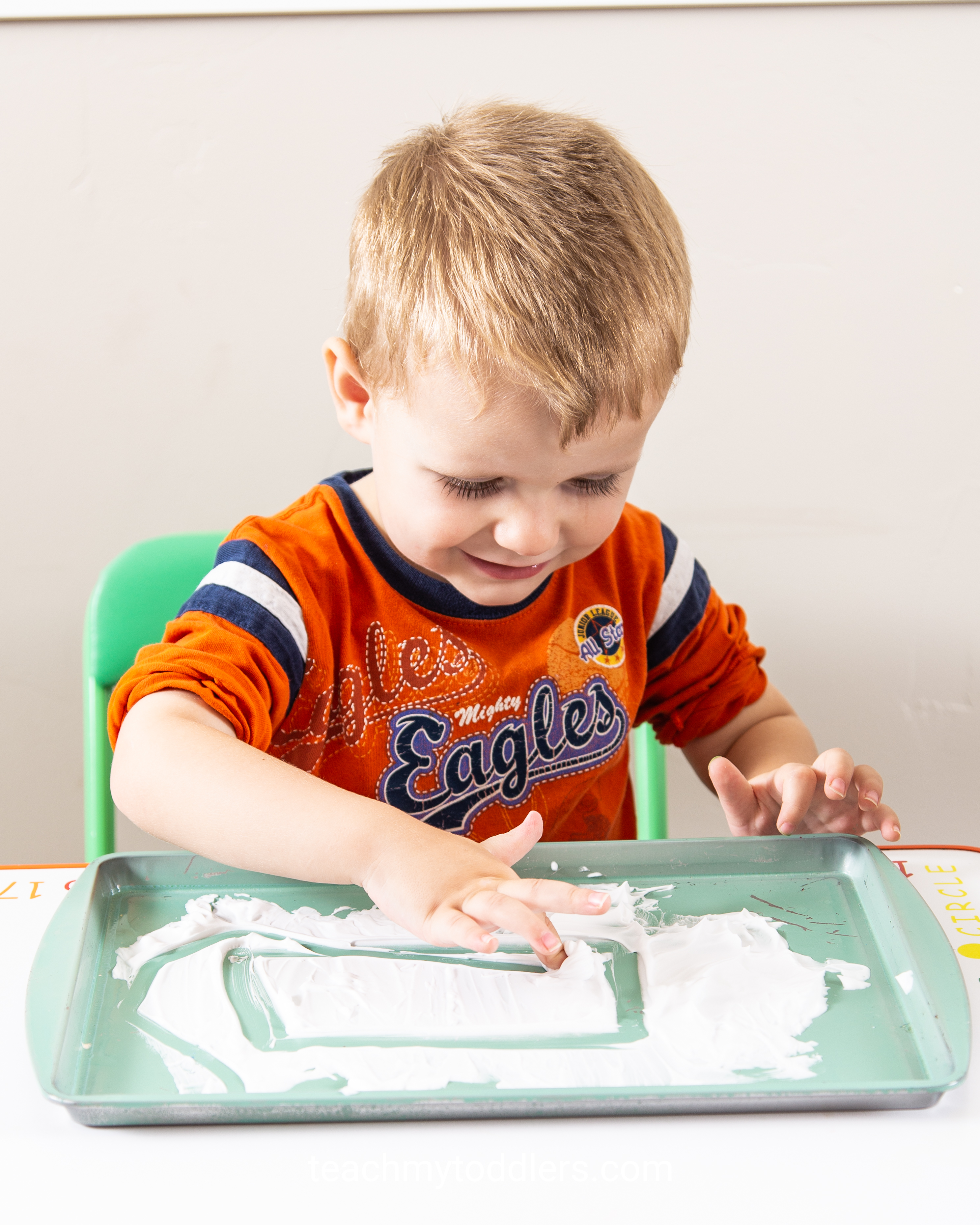 Find out how to use these rectangle trays to teach toddlers shapes