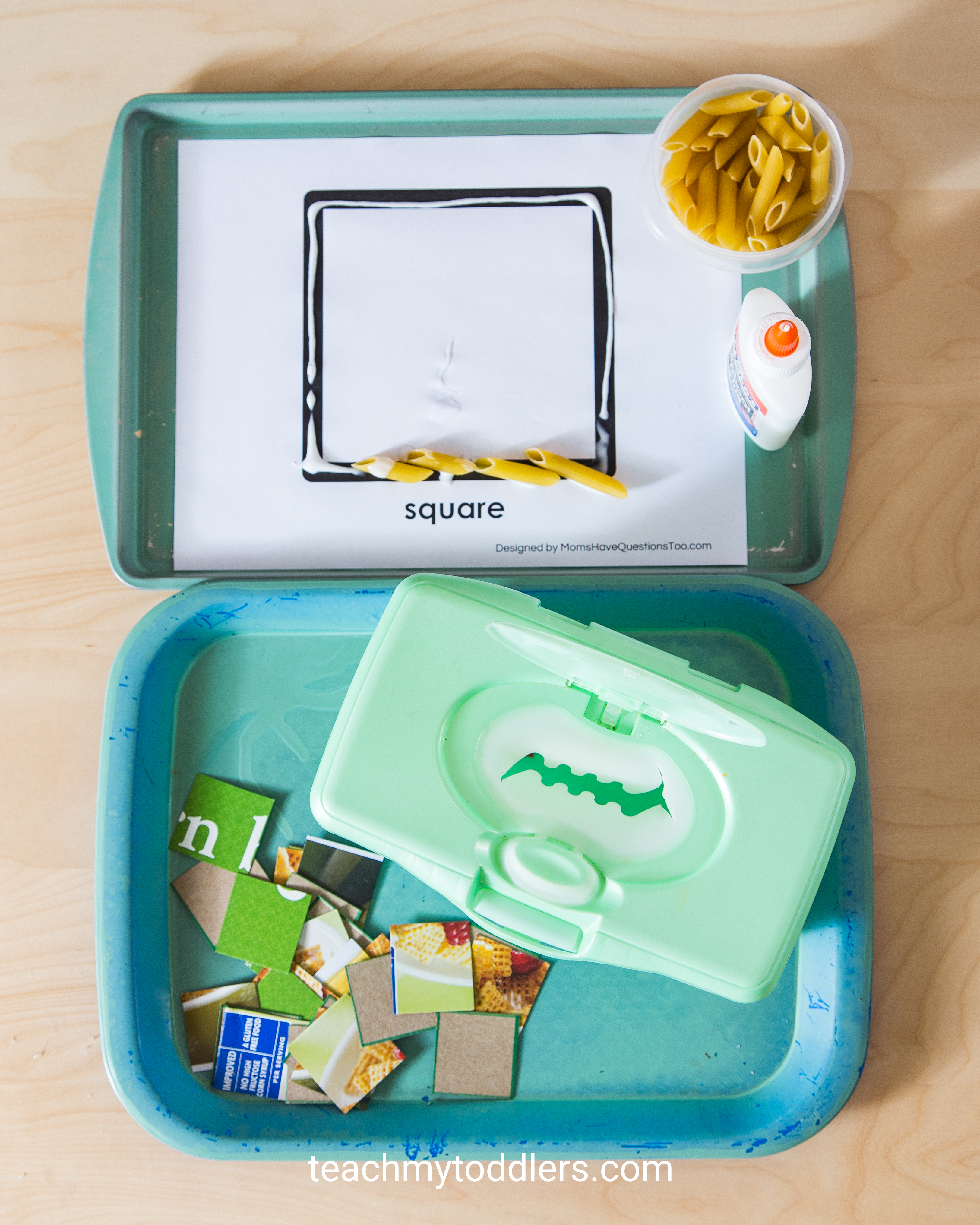 Learn how to use these square trays to teach toddlers shapes