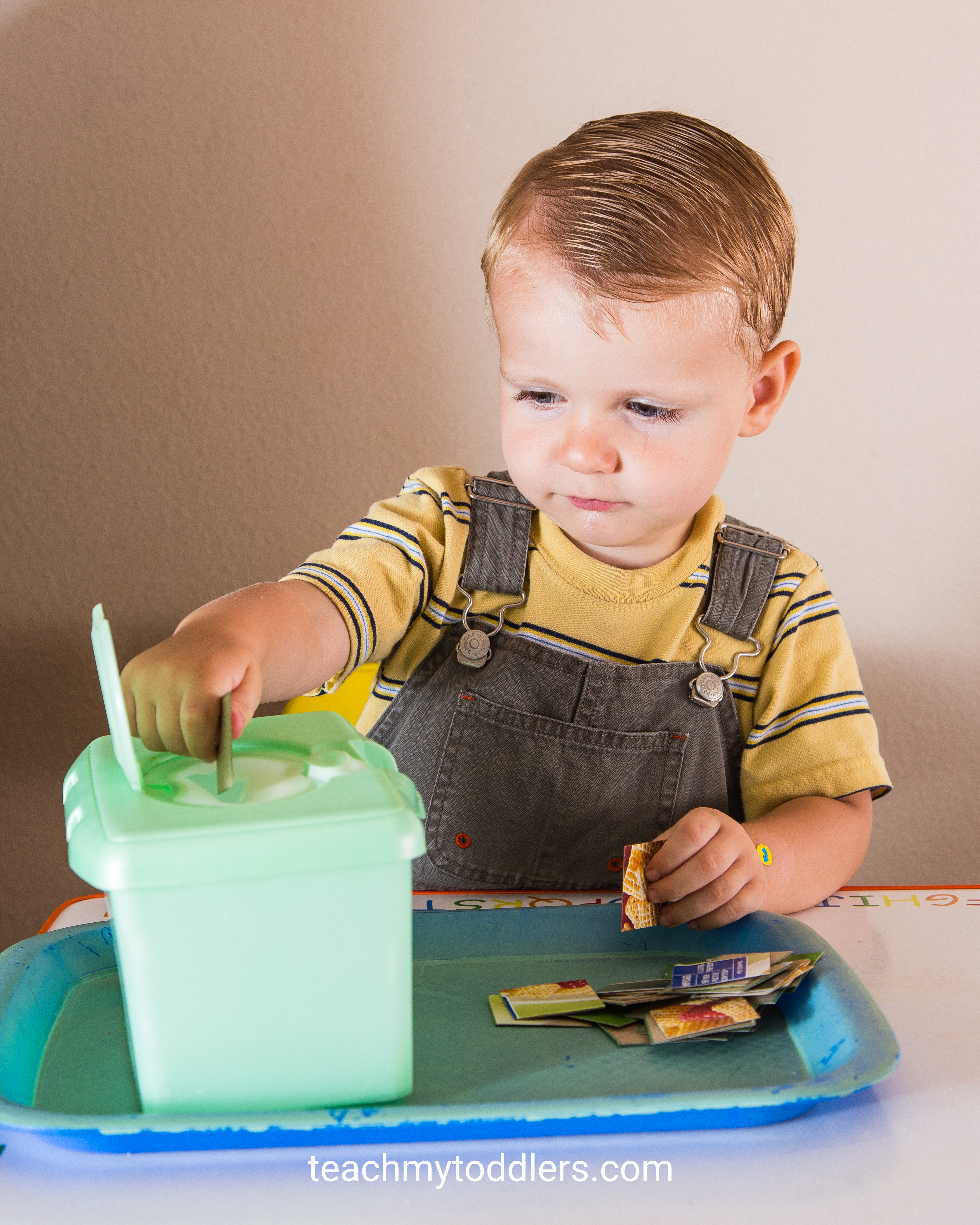These square trays are so fun to use to teach toddlers shapes