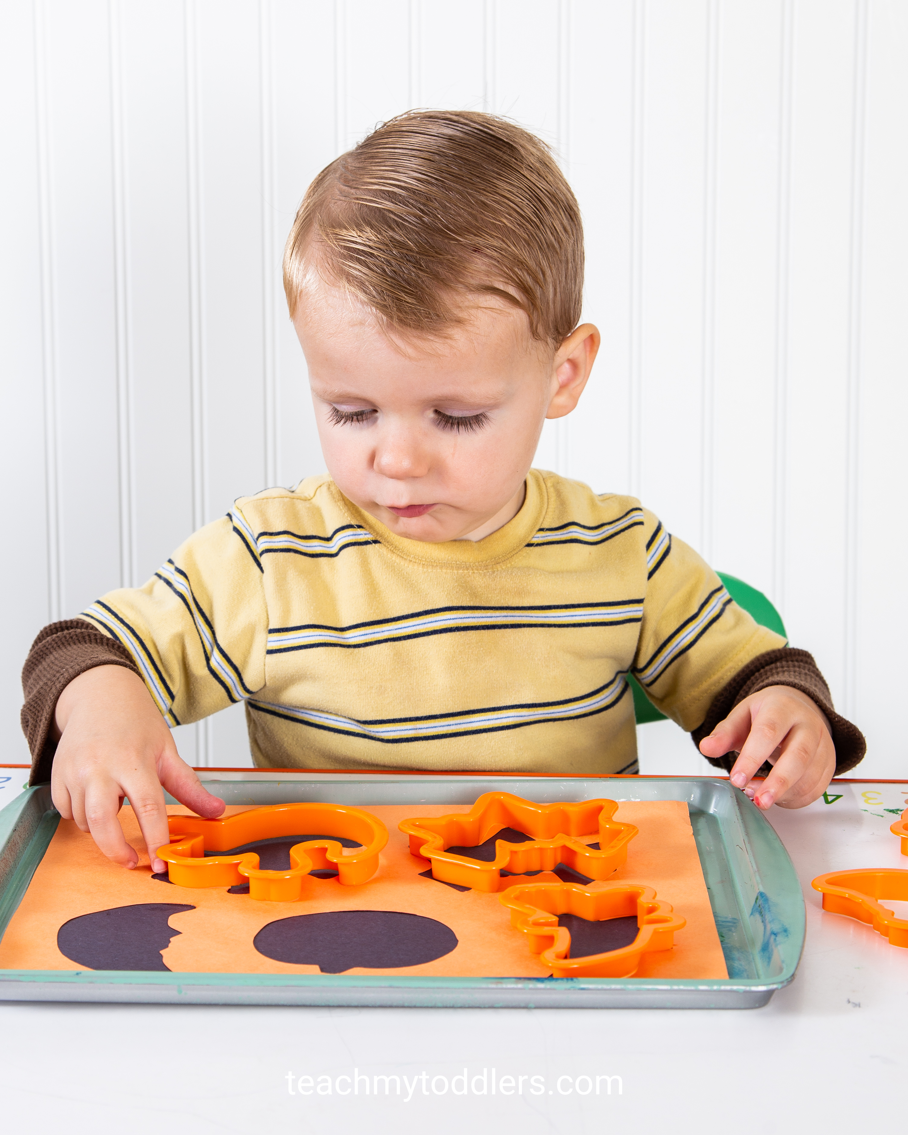 Find out how these halloween activities can teach toddlers about halloween