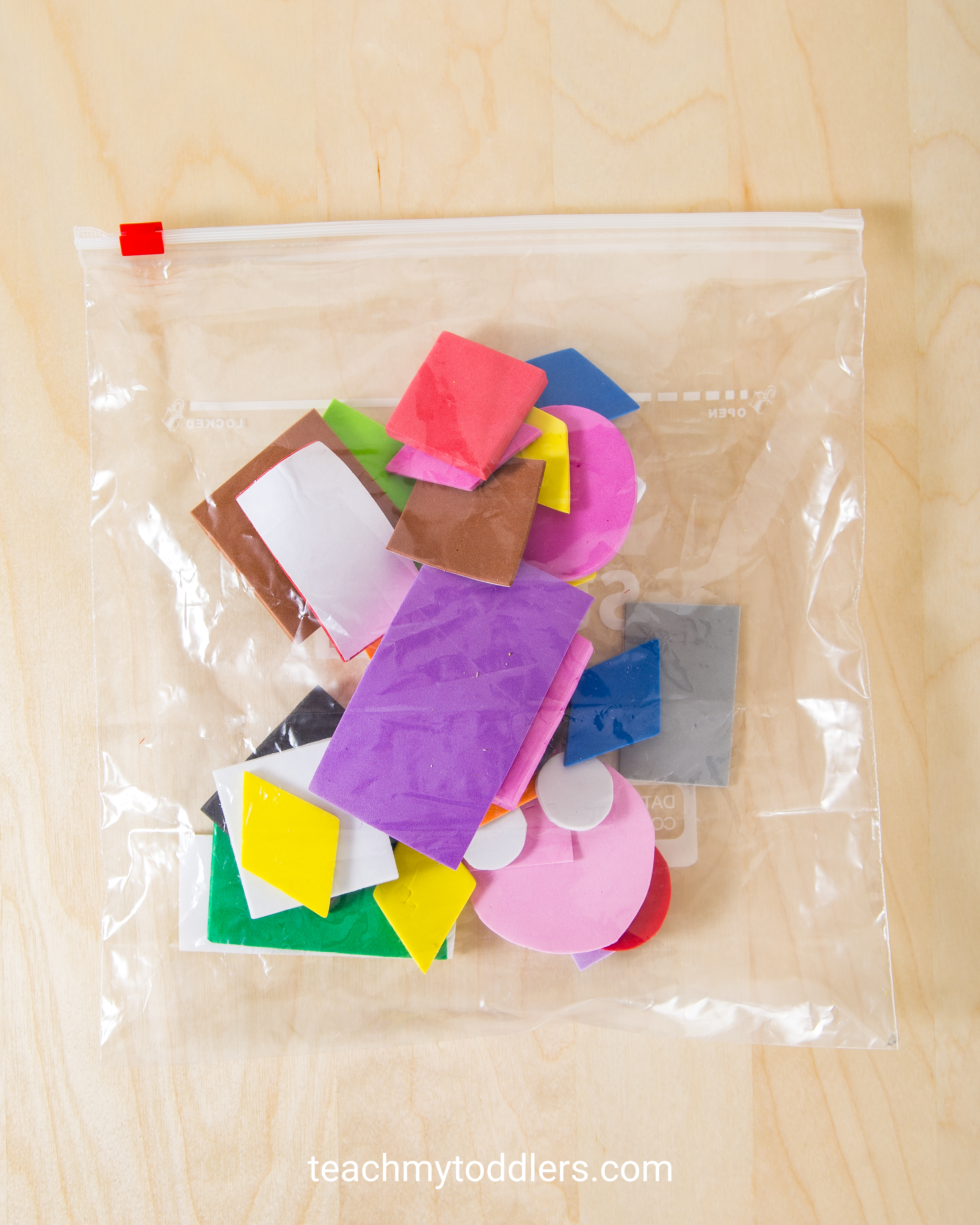 Teach toddlers shapes with this exciting shape sorting game
