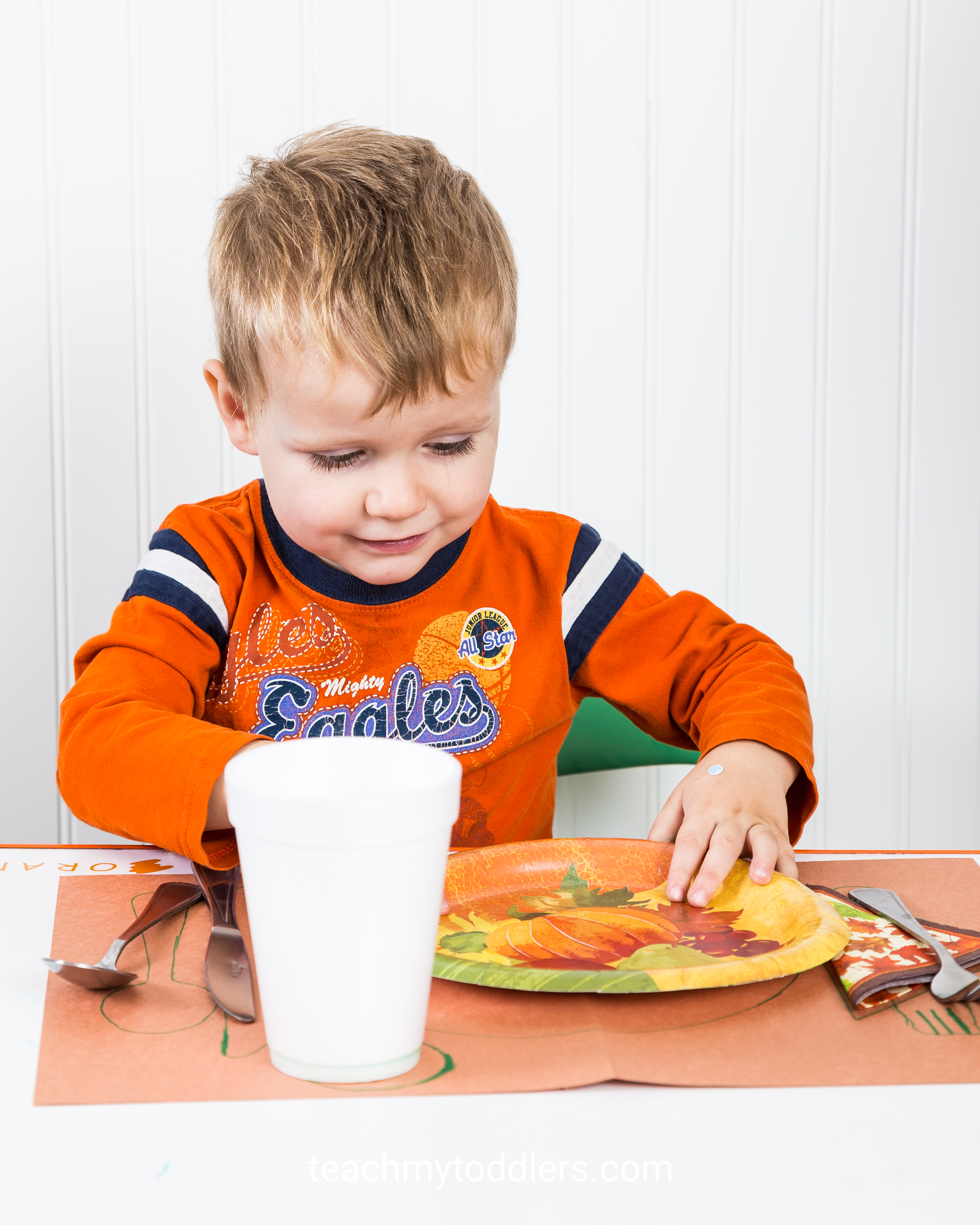 Discover how these thanksgiving activities can teach your toddler about thanksgiving