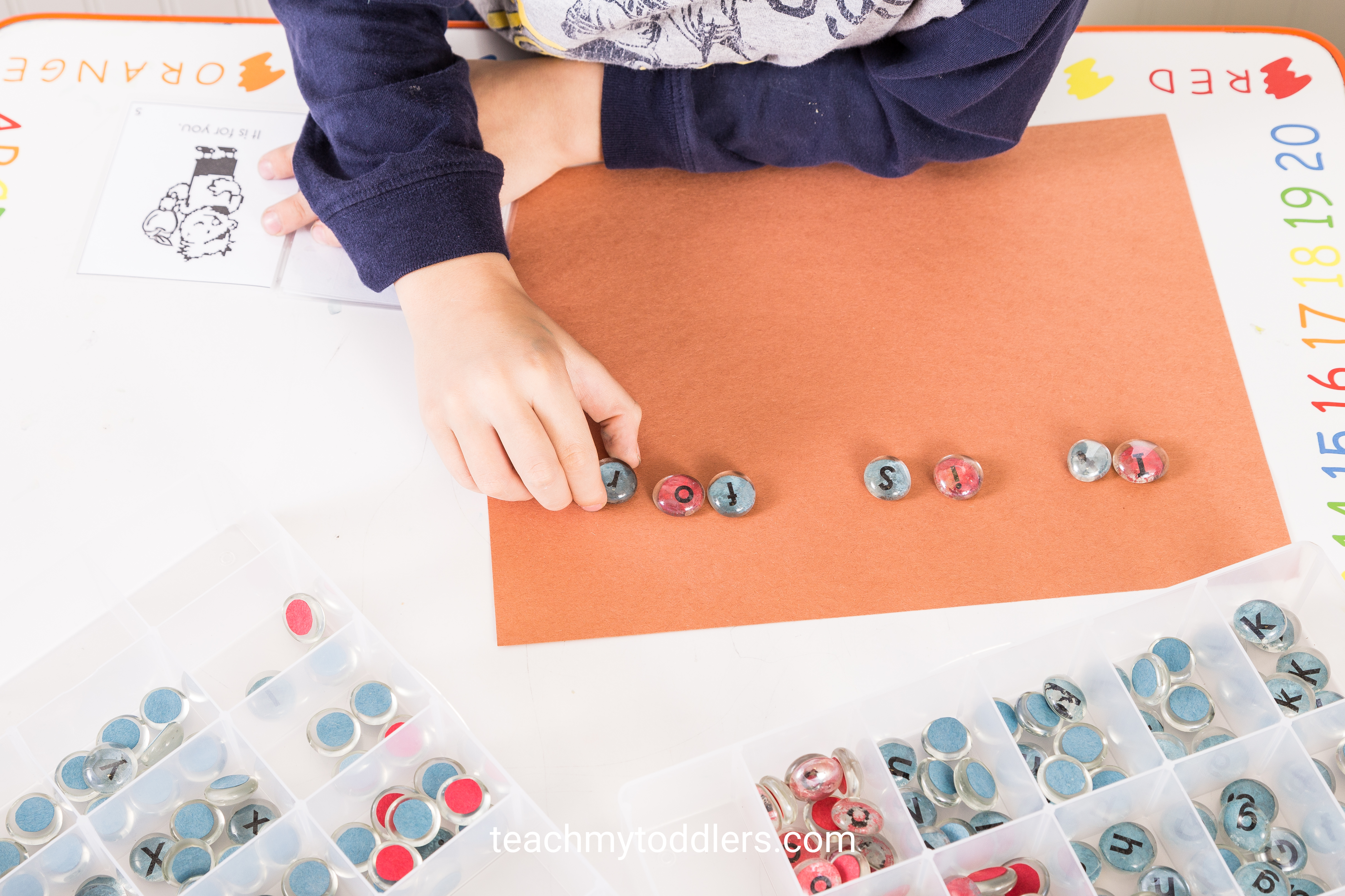 Learn how to use this diy montessori alphabet game to teach toddlers letters