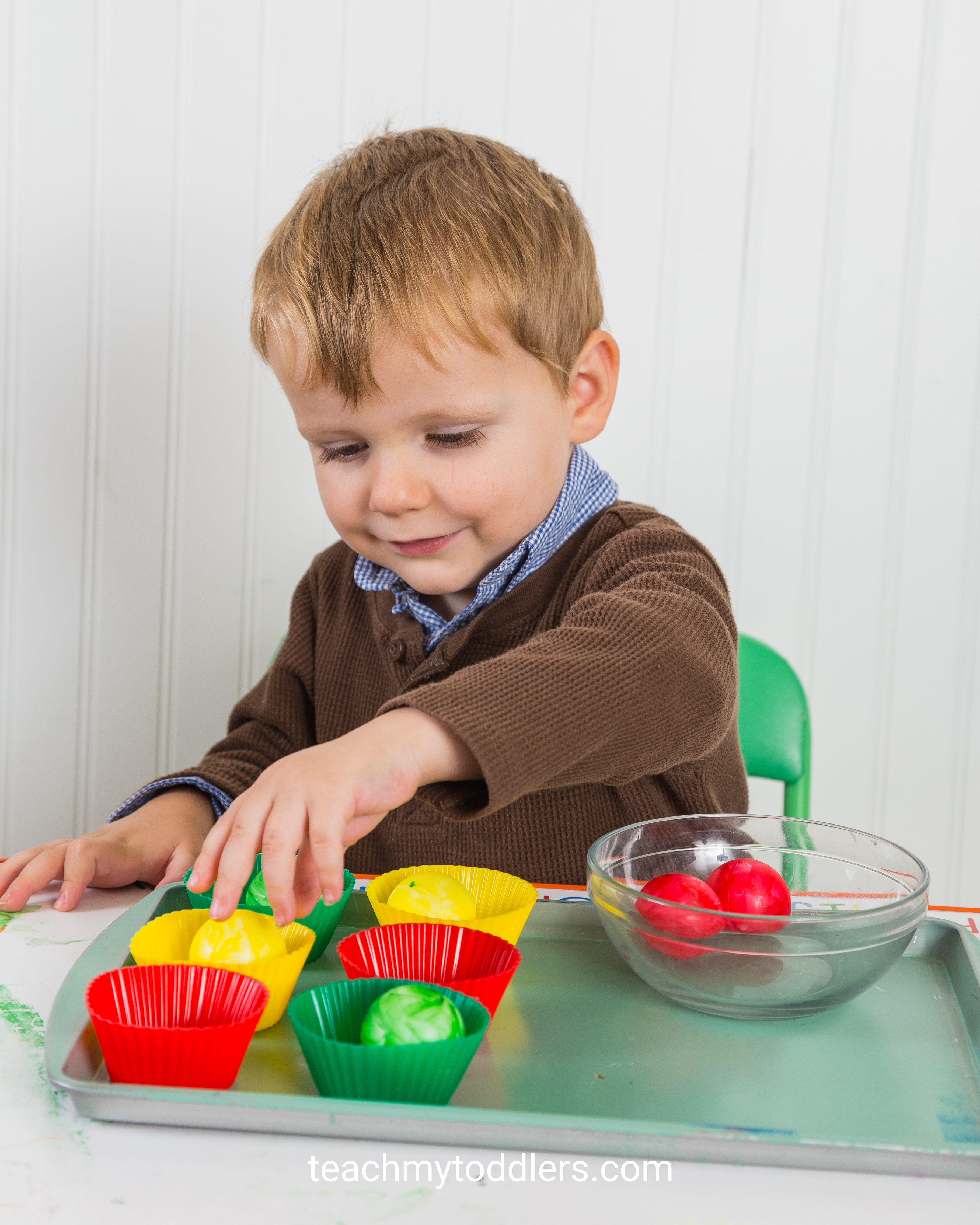 These activities are awesome in teaching your toddlers the letter a is for apples