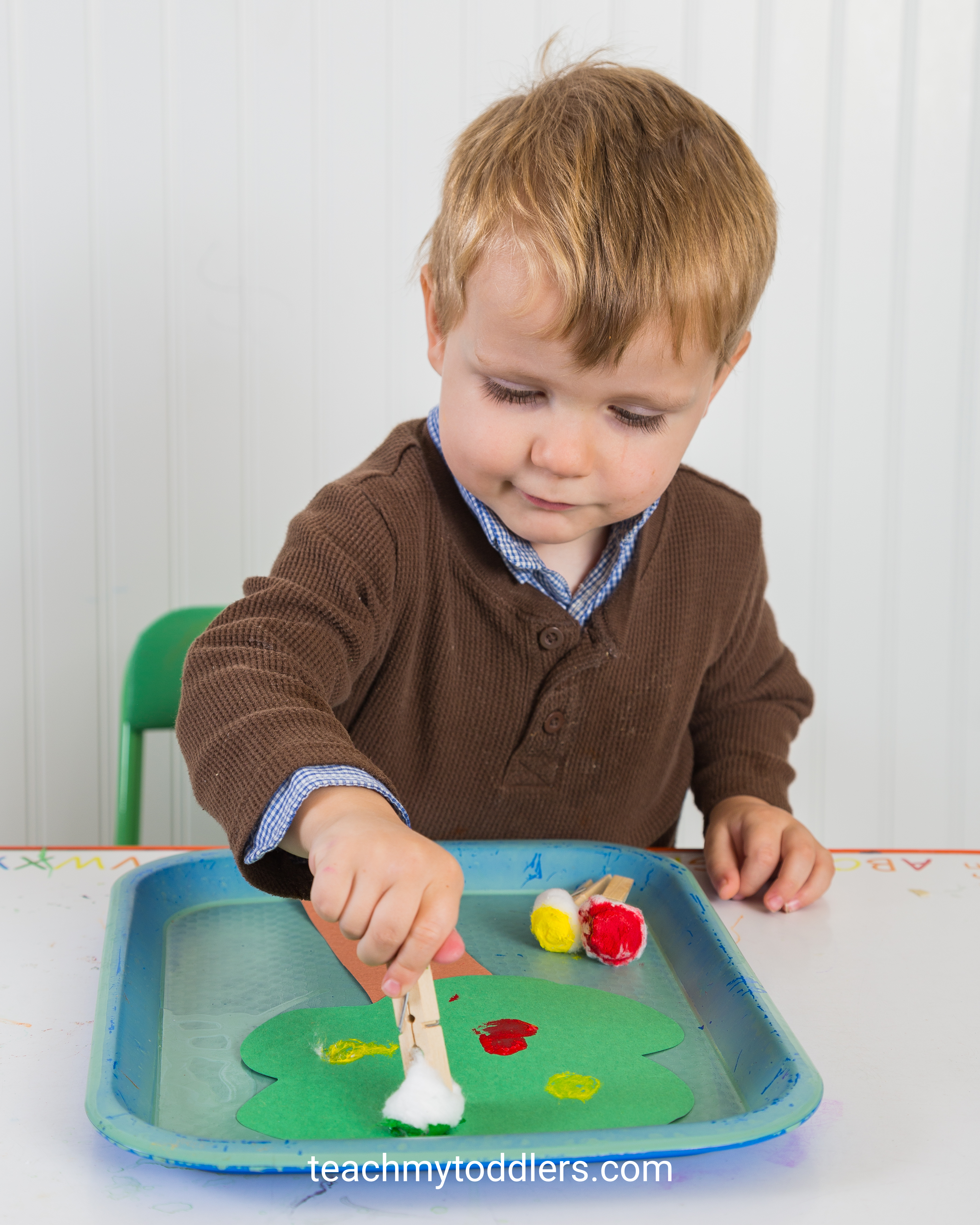 These activities are fun in teaching your toddlers the letter a is for apples