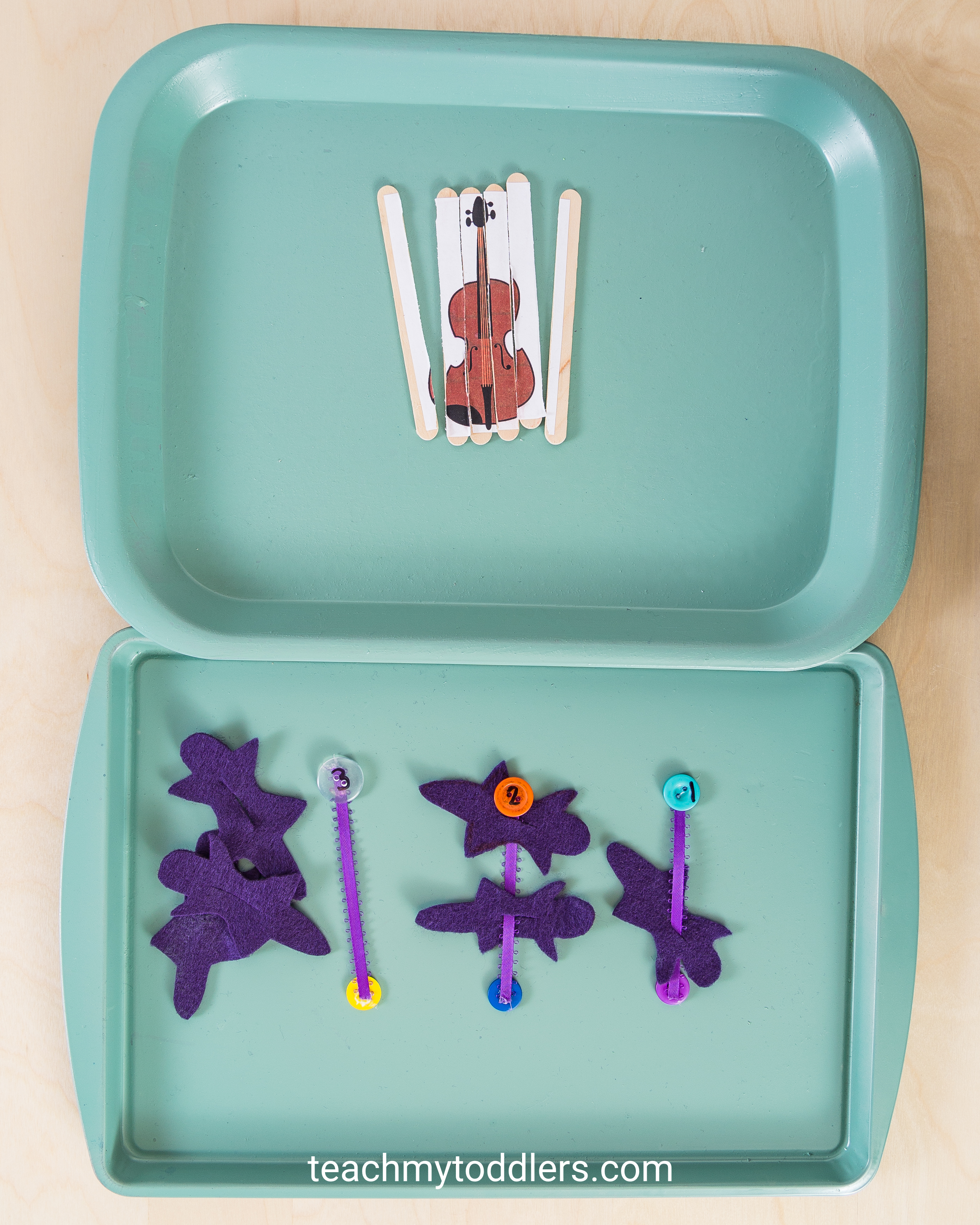 Find out how to use this d is for dance activities to teach toddlers the letter d