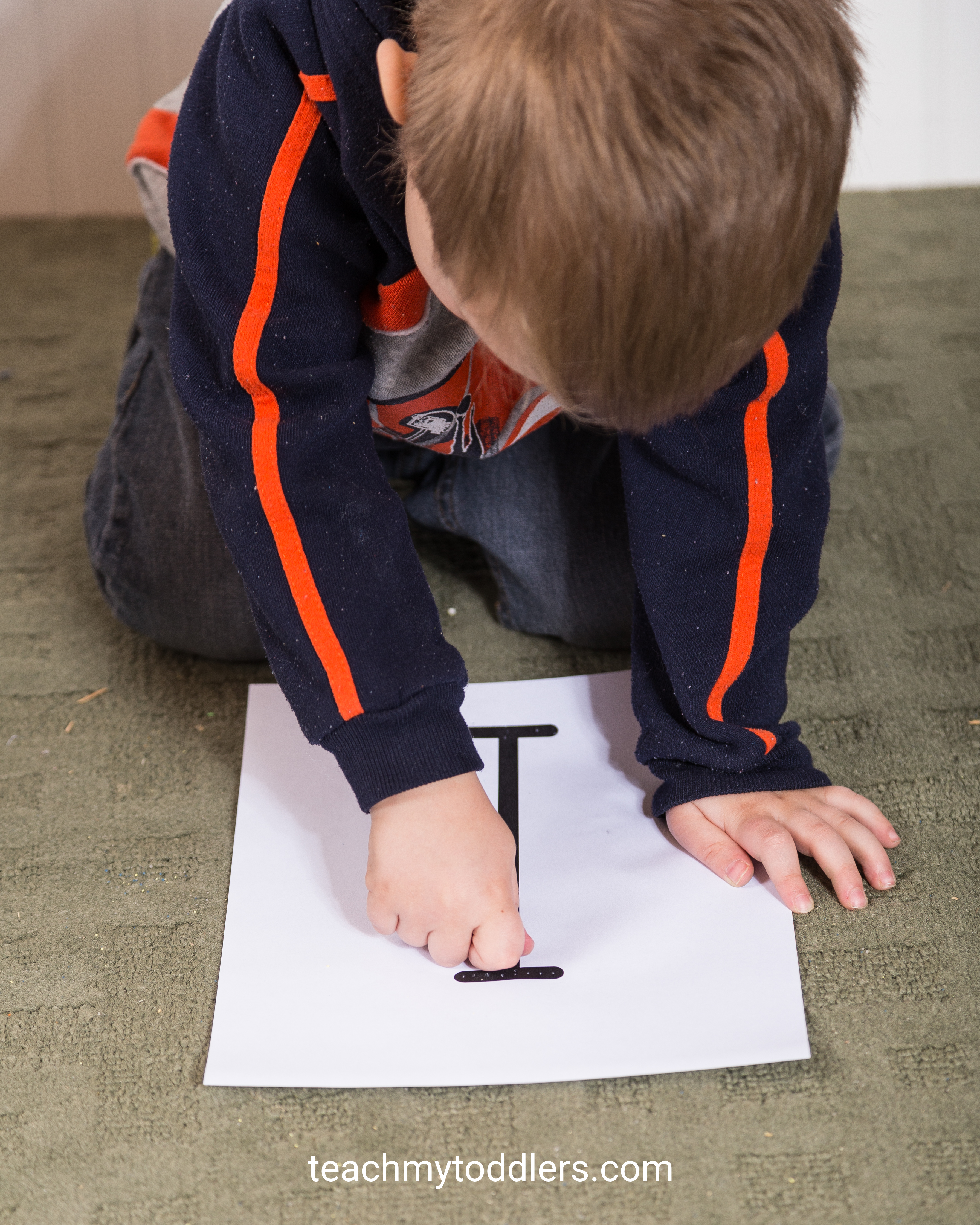 Teach your toddlers the letter i using these fun insect activities