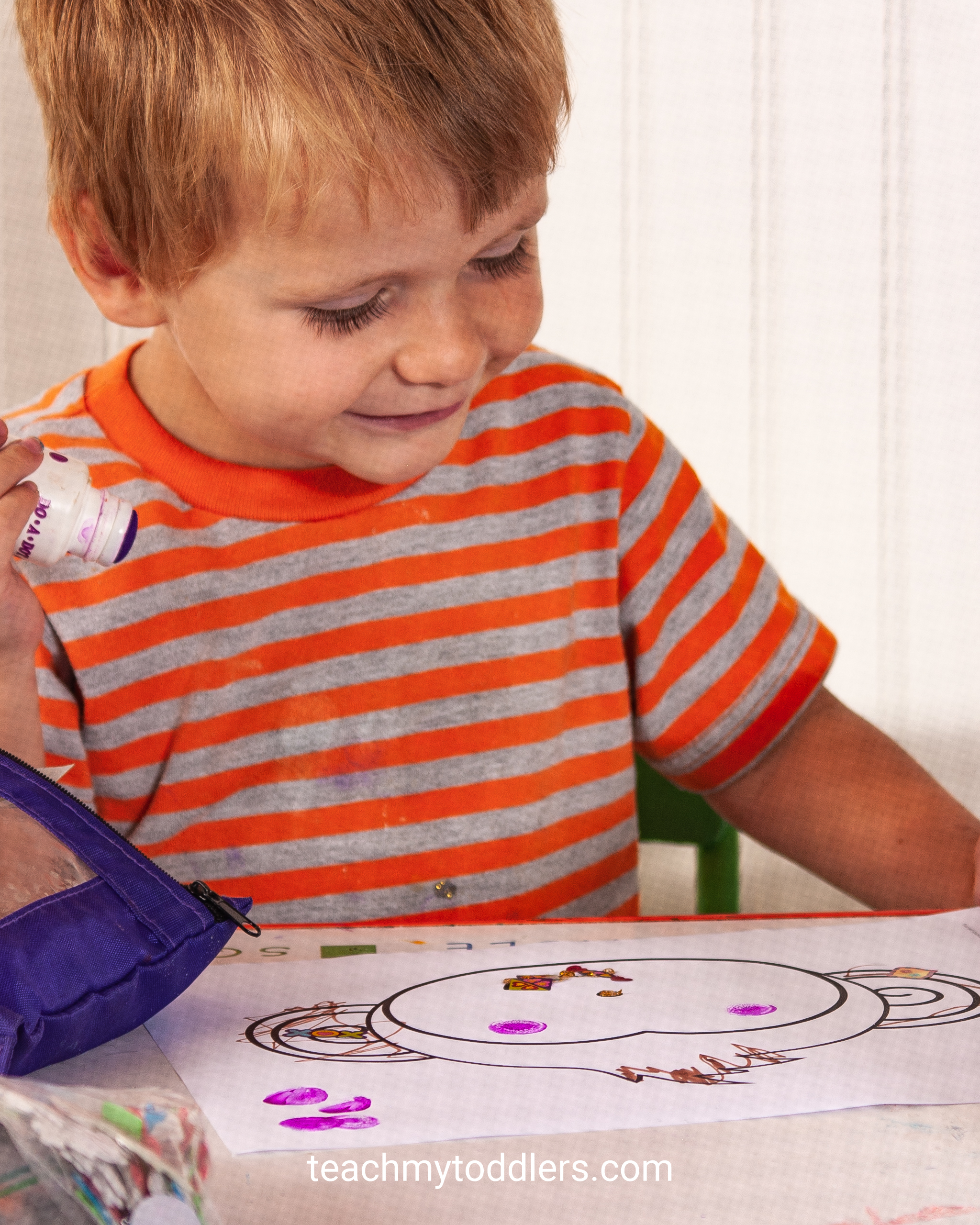 Discover how to use these jungle activities to teach your toddlers the letter j