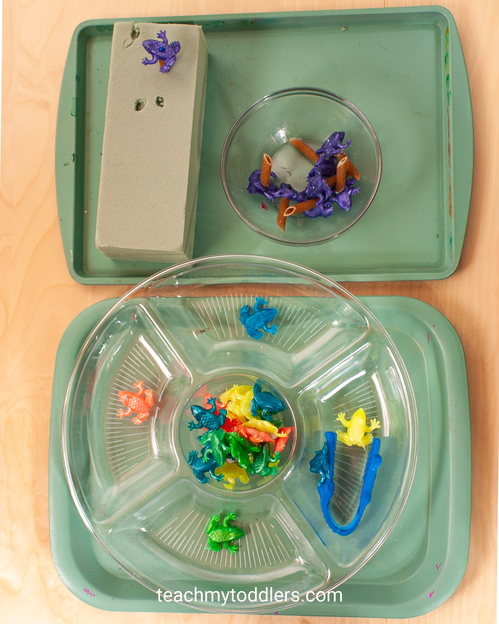 Teach your toddlers the letter j with these fun jungle activities