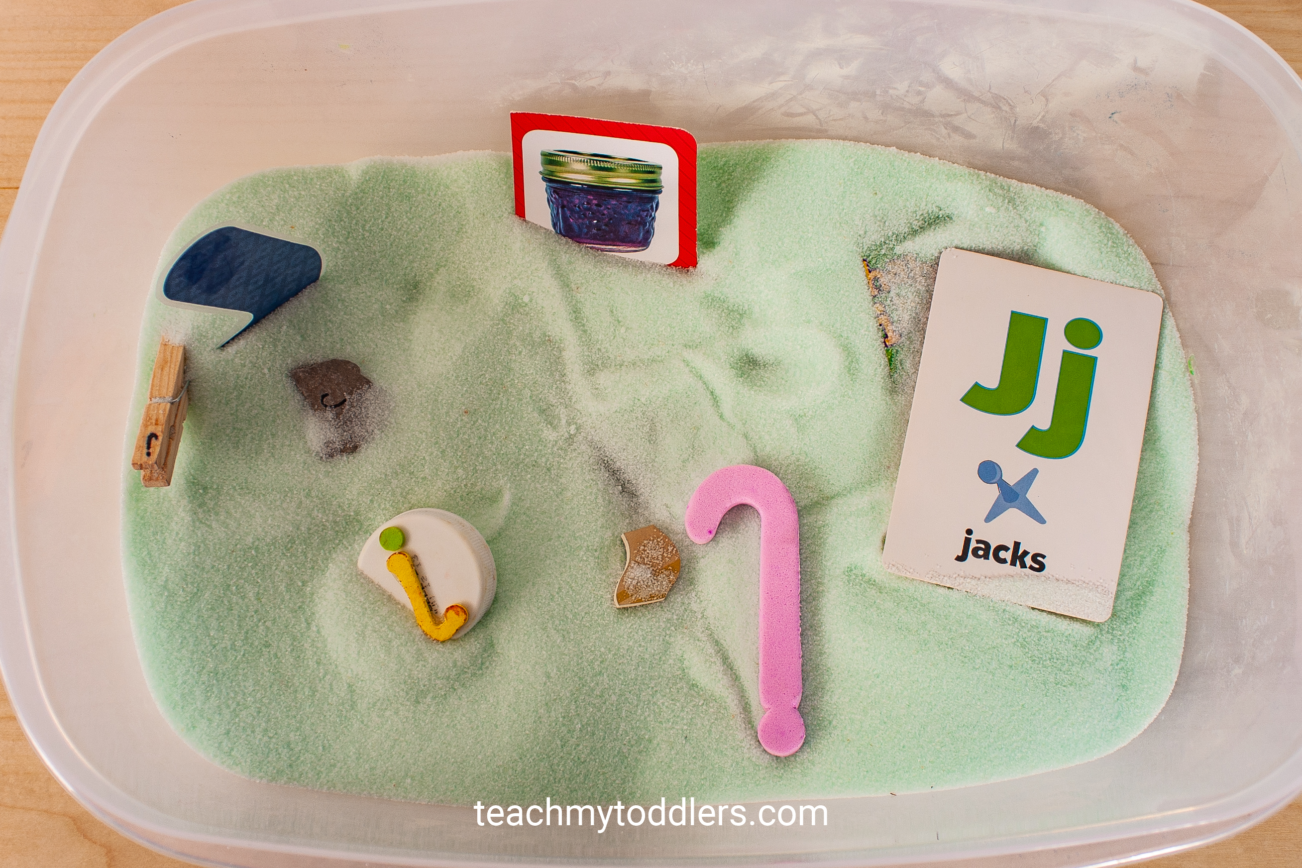 Use these awesome jungle activities to teach your toddlers the letter j