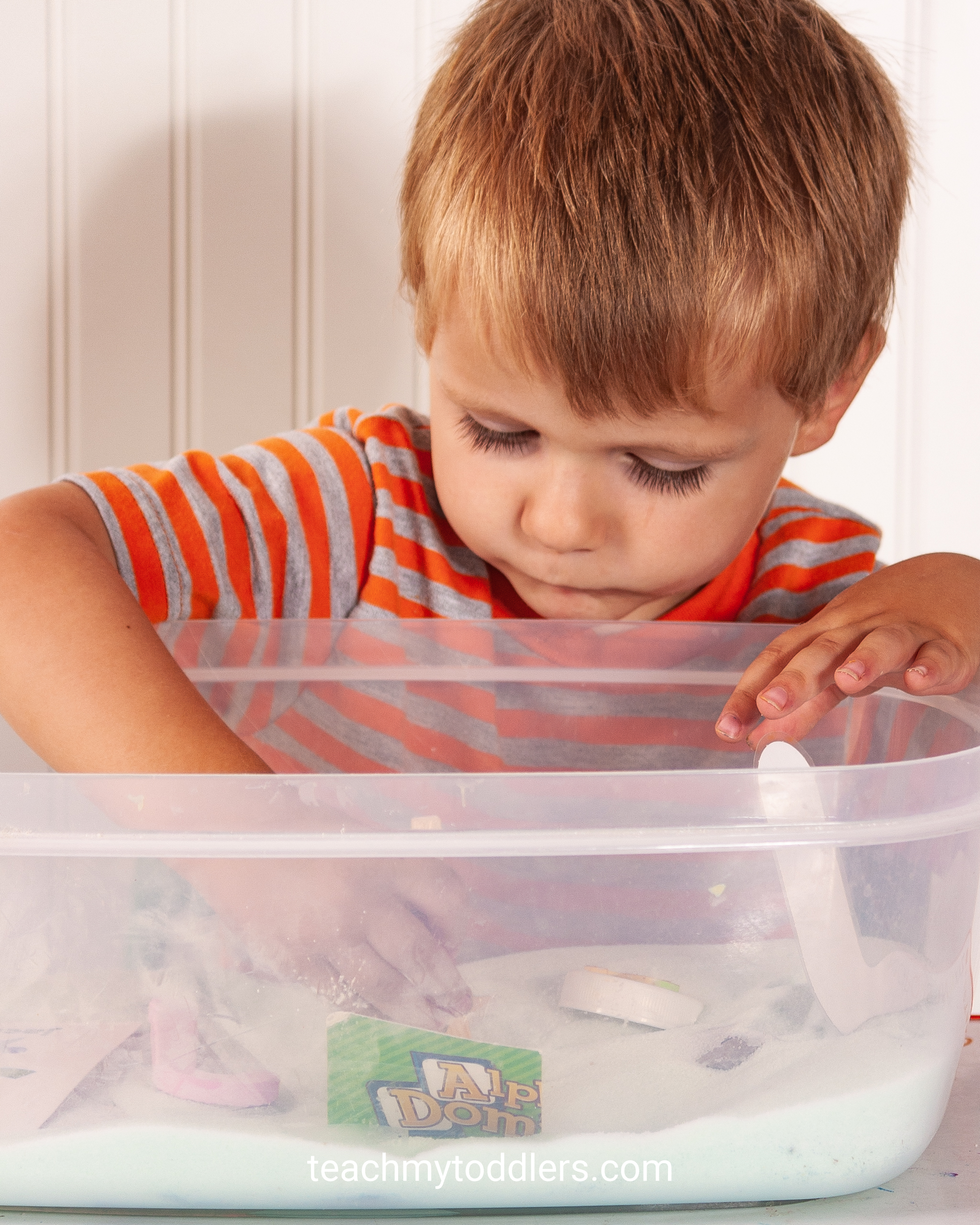 Use these fun jungle activities to teach toddlers the letter j