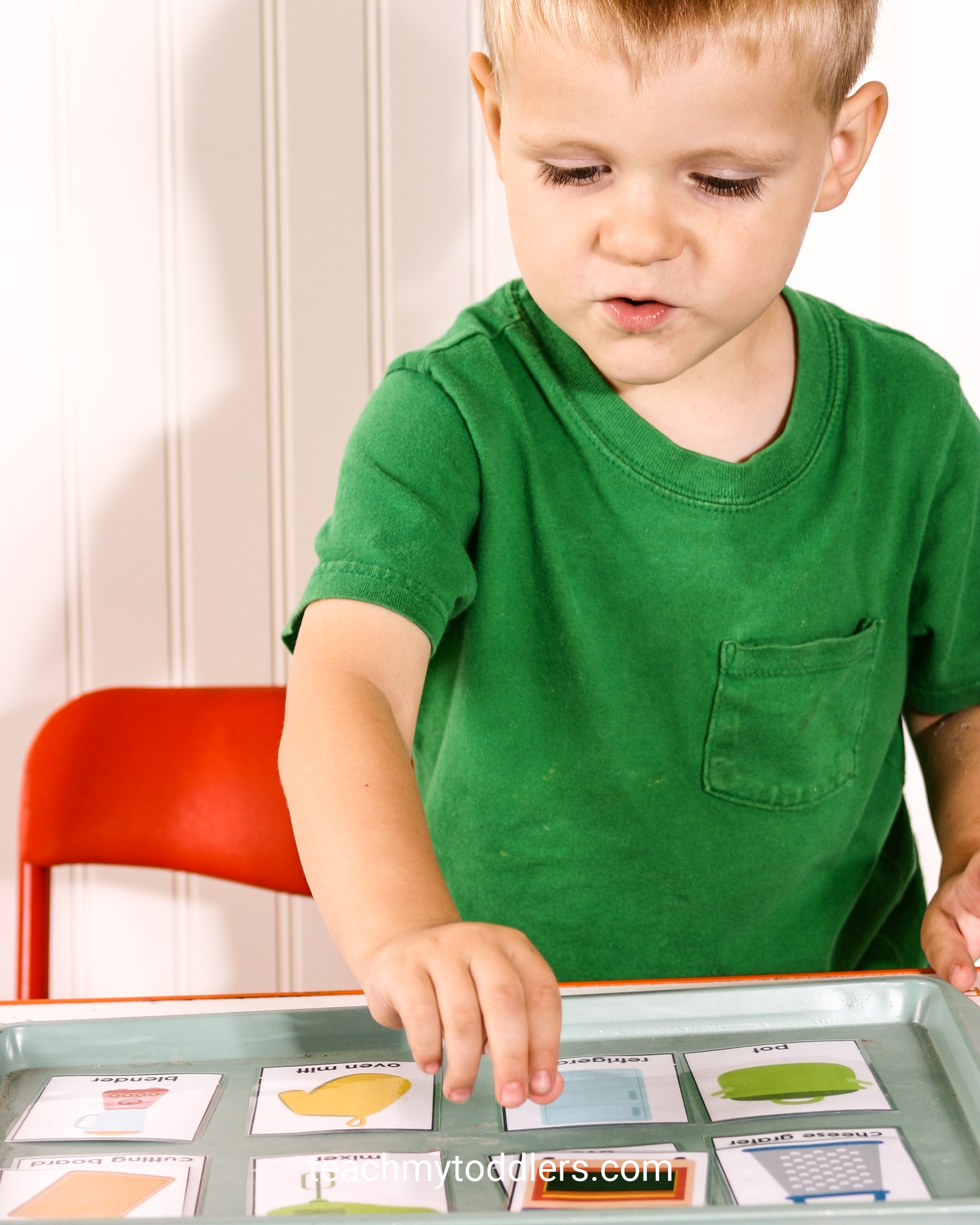 Use these fun kitchen activities to teach toddler the letter k