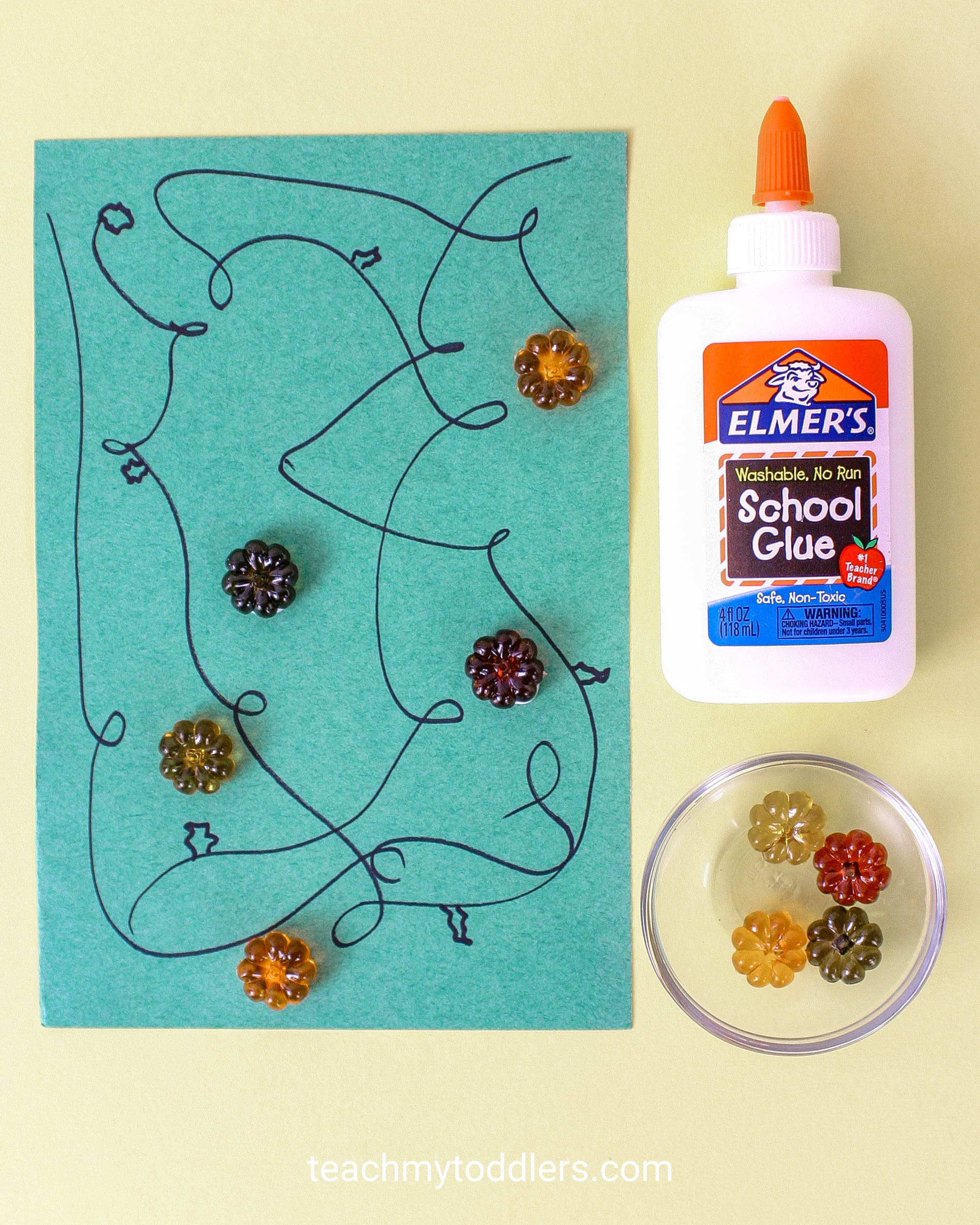 Discover how to use these fun table scatter activities to teach your toddlers math
