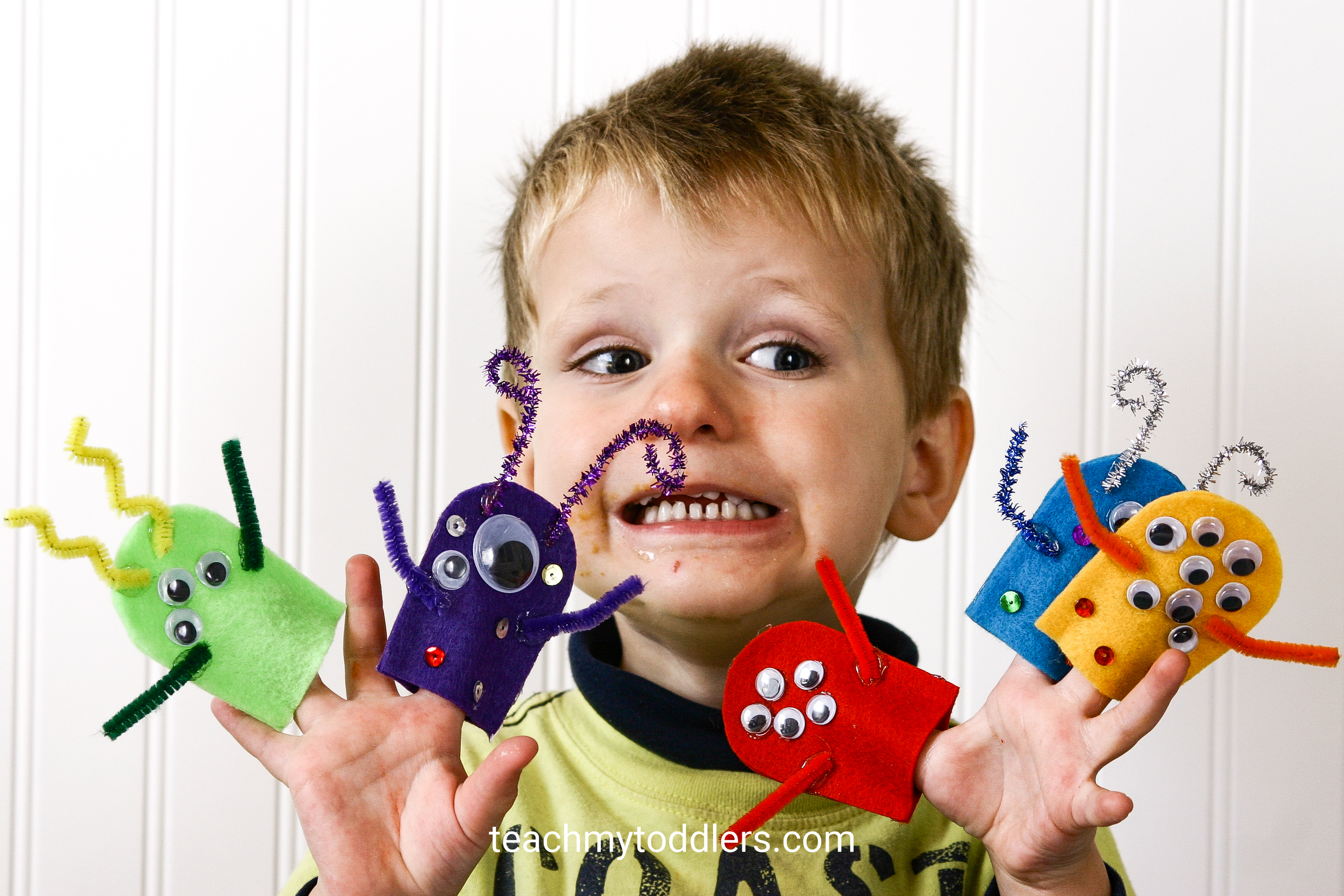 Discover how to use these monster activities to teach your toddlers the letter m