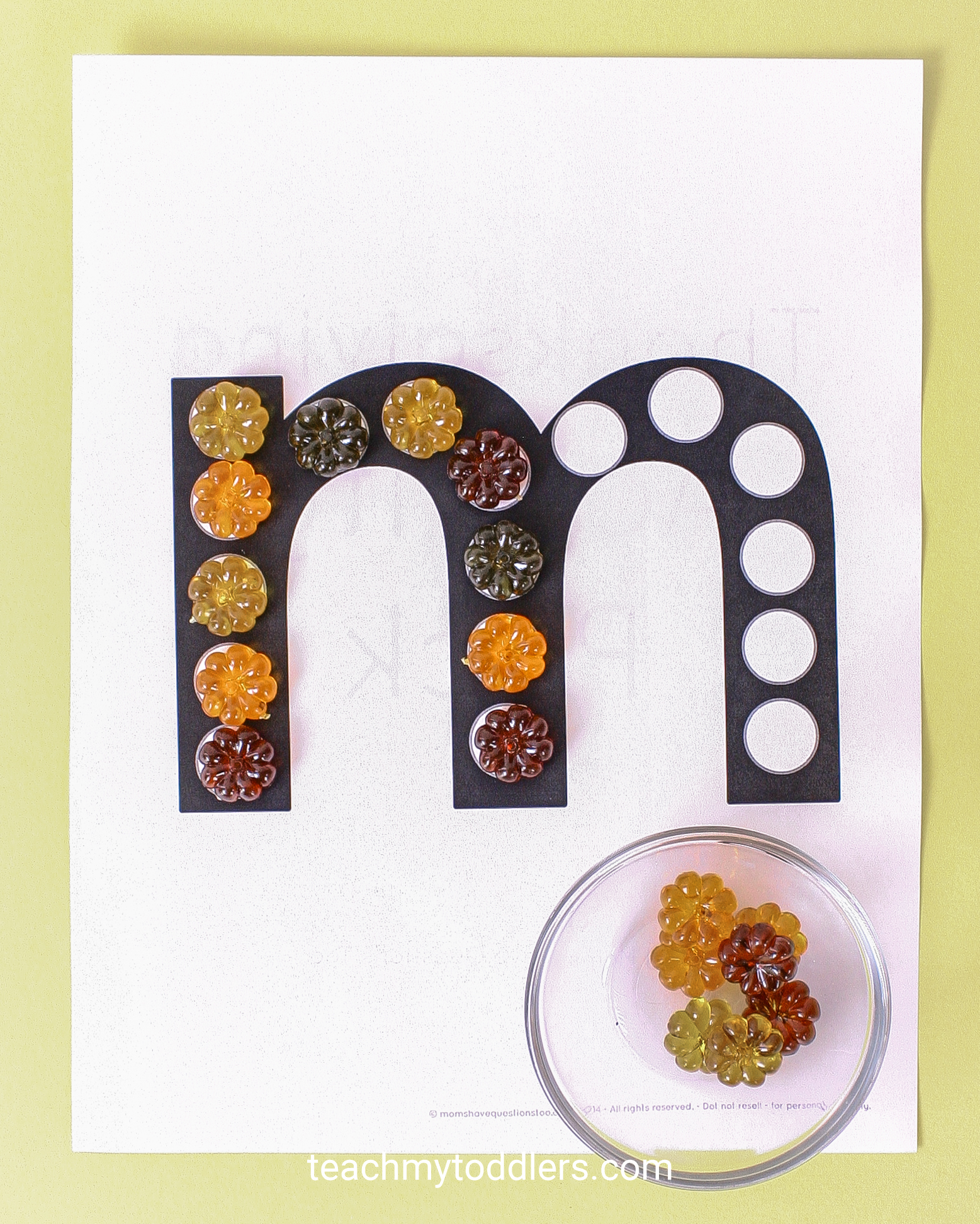 Find out how to use these table scatter activities to teach toddlers math
