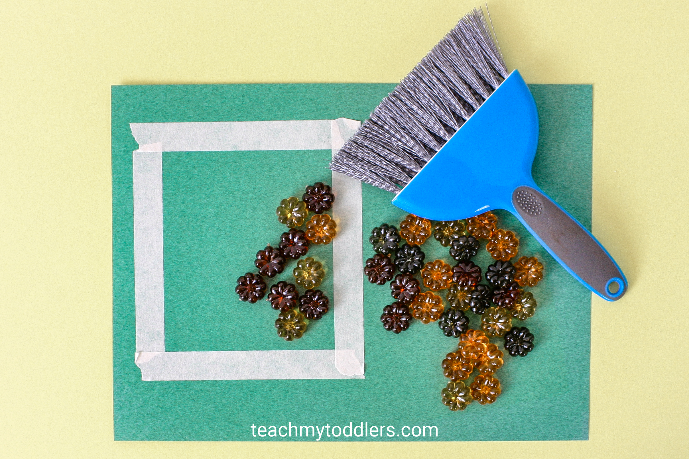 Learn how to use these awesome table scatter activities to teach your toddlers math